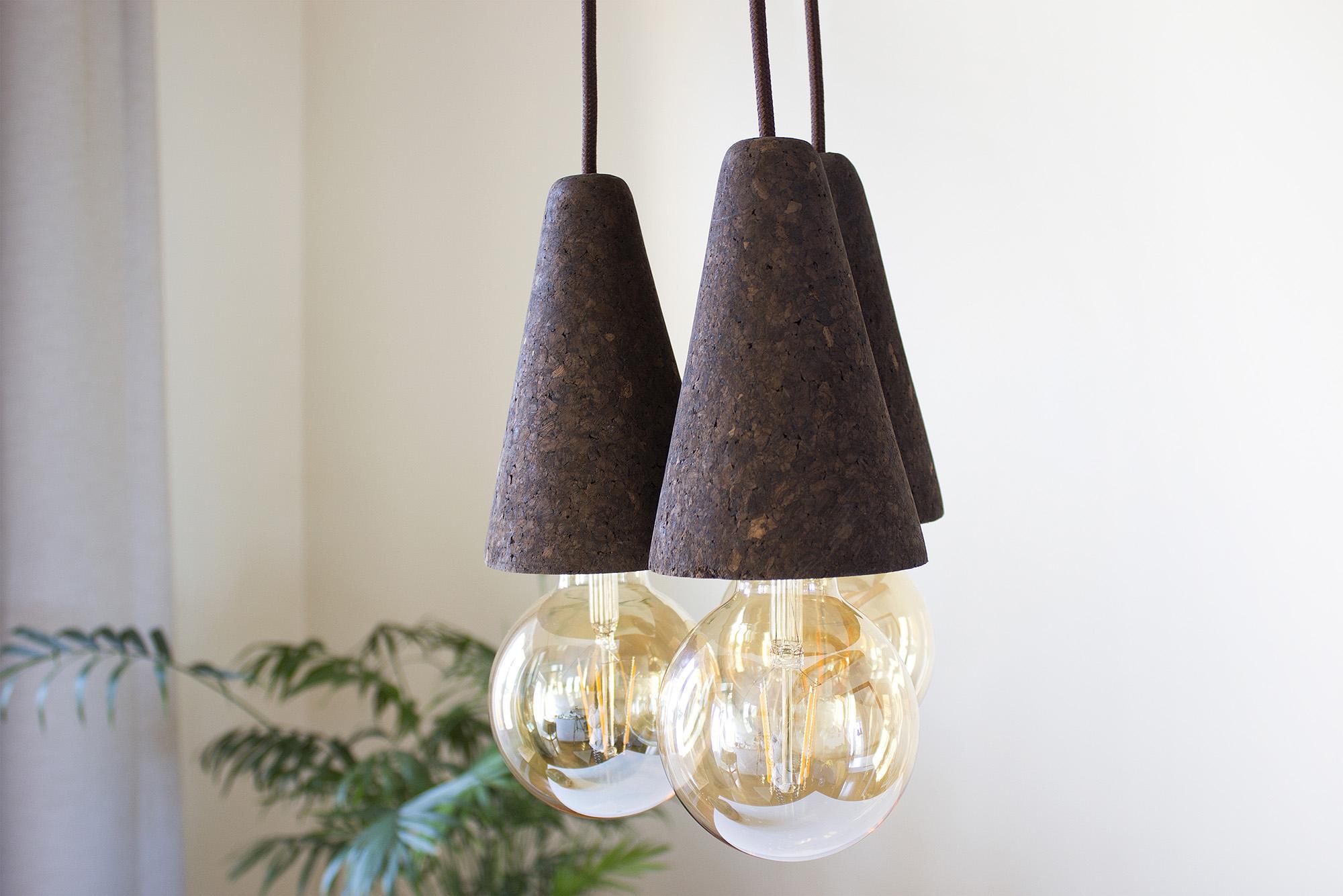 low-Galula-Sino-lamp-dark-cork-triple-amb-1.jpg