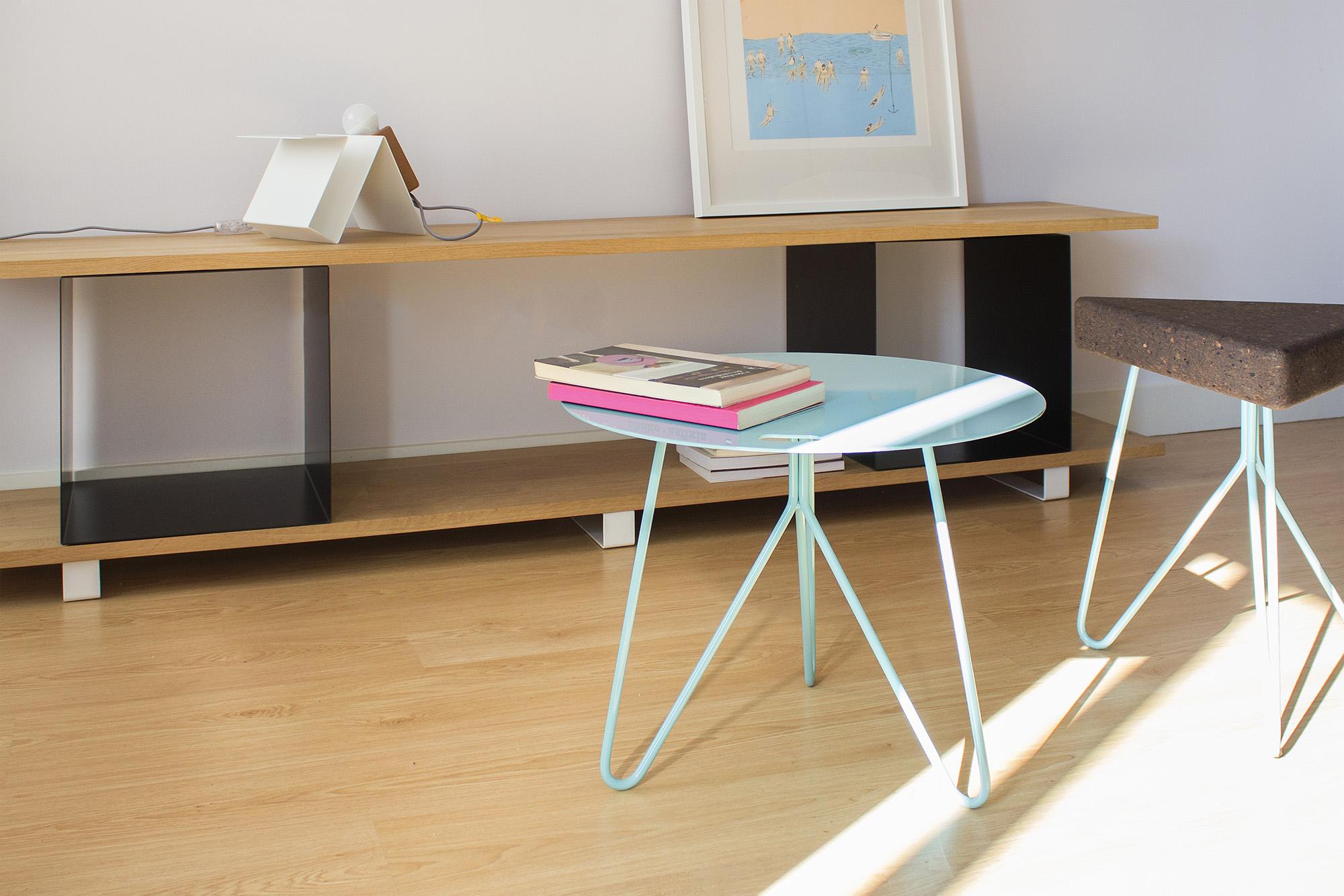low-Galula-Seis-table-blue-amb-1.jpg