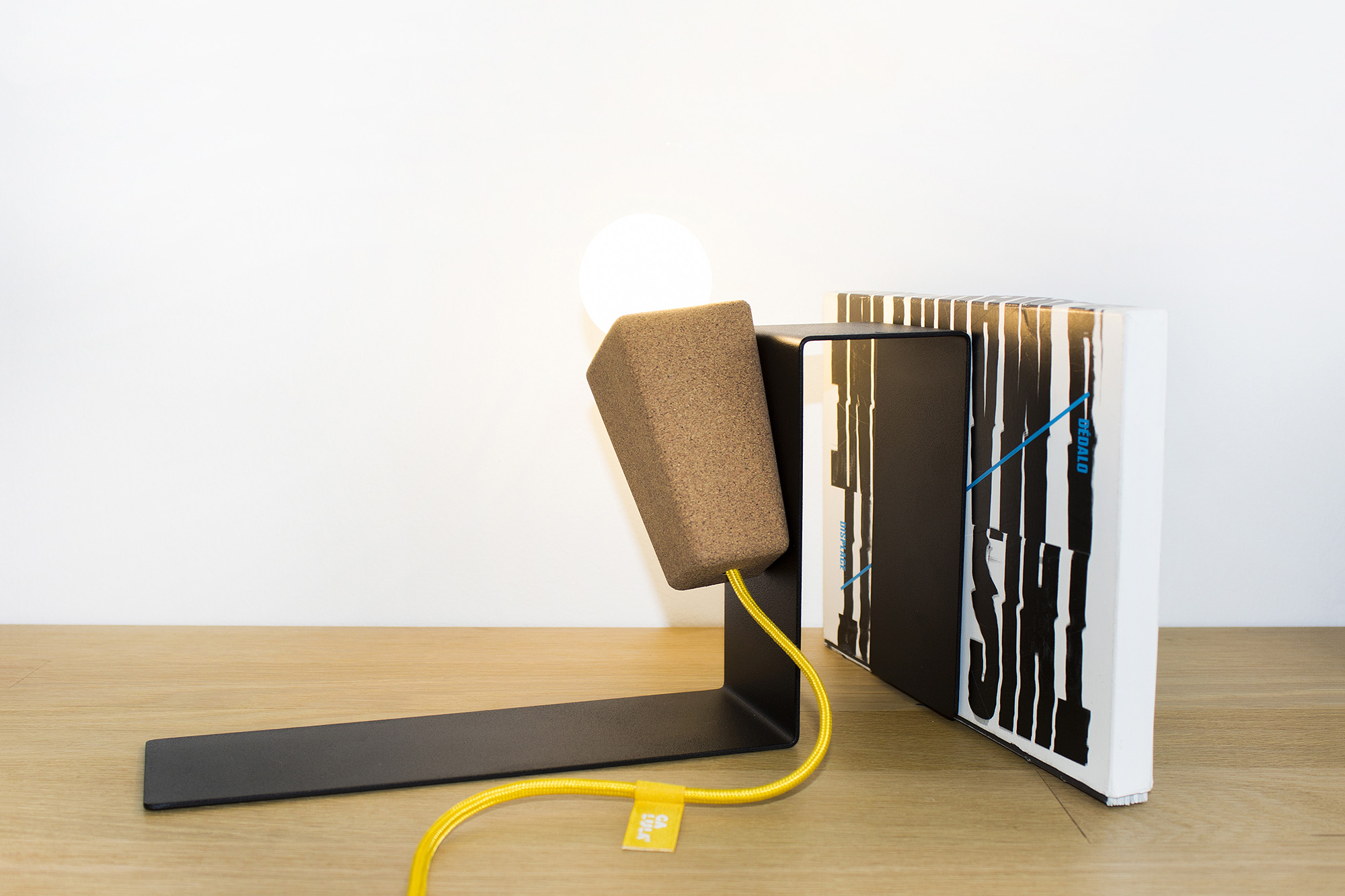 low-Galula-Glint-1-lamp-black-yellow-amb-2.jpg