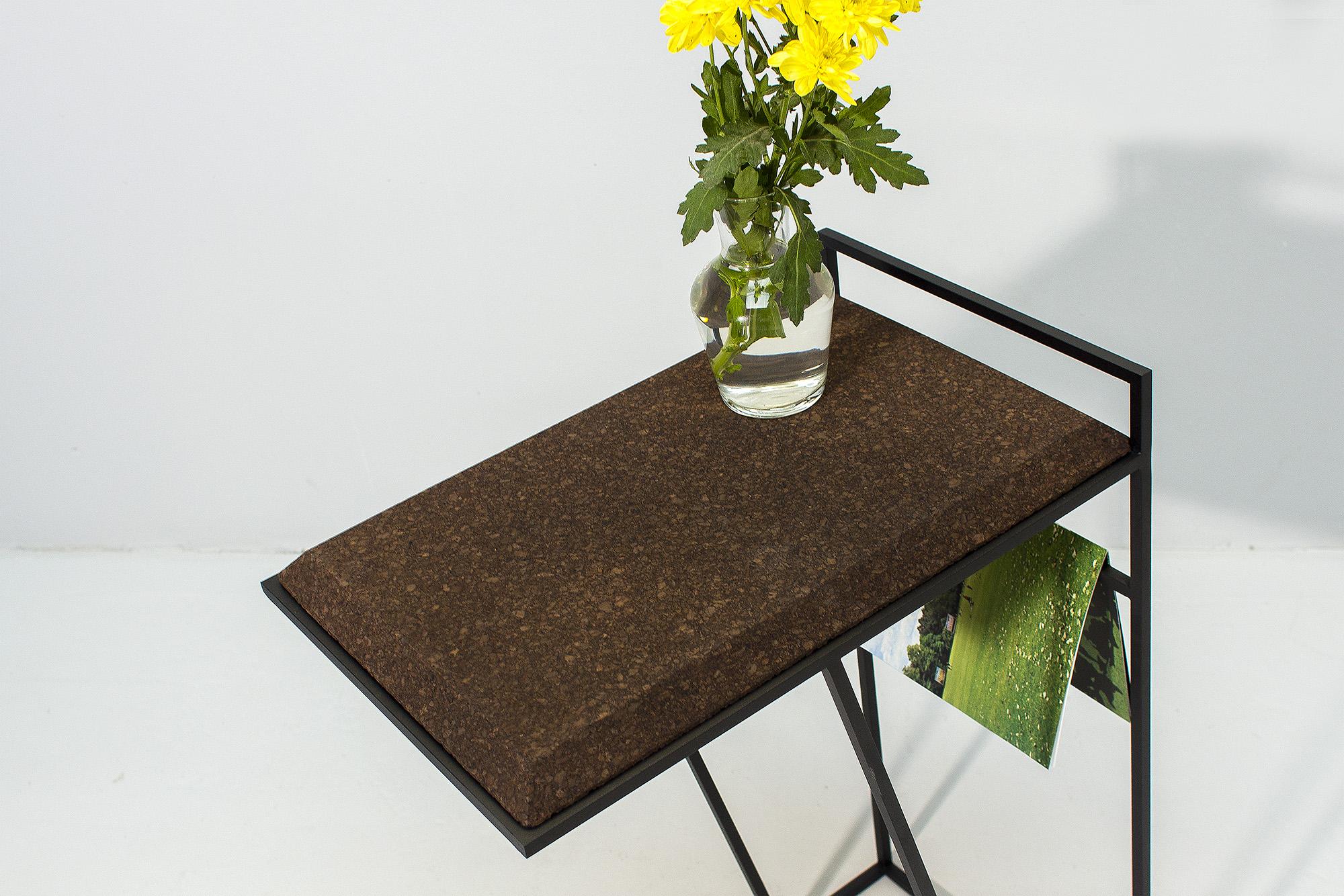 low-Galula-Grão-side-table-3-dark-cork-black-13.jpg
