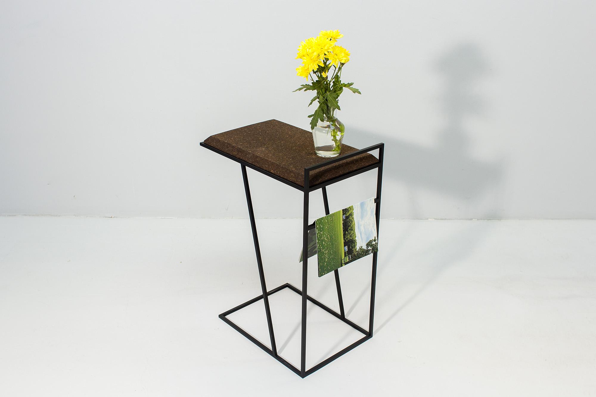 low-Galula-Grão-side-table-3-dark-cork-black-10.jpg