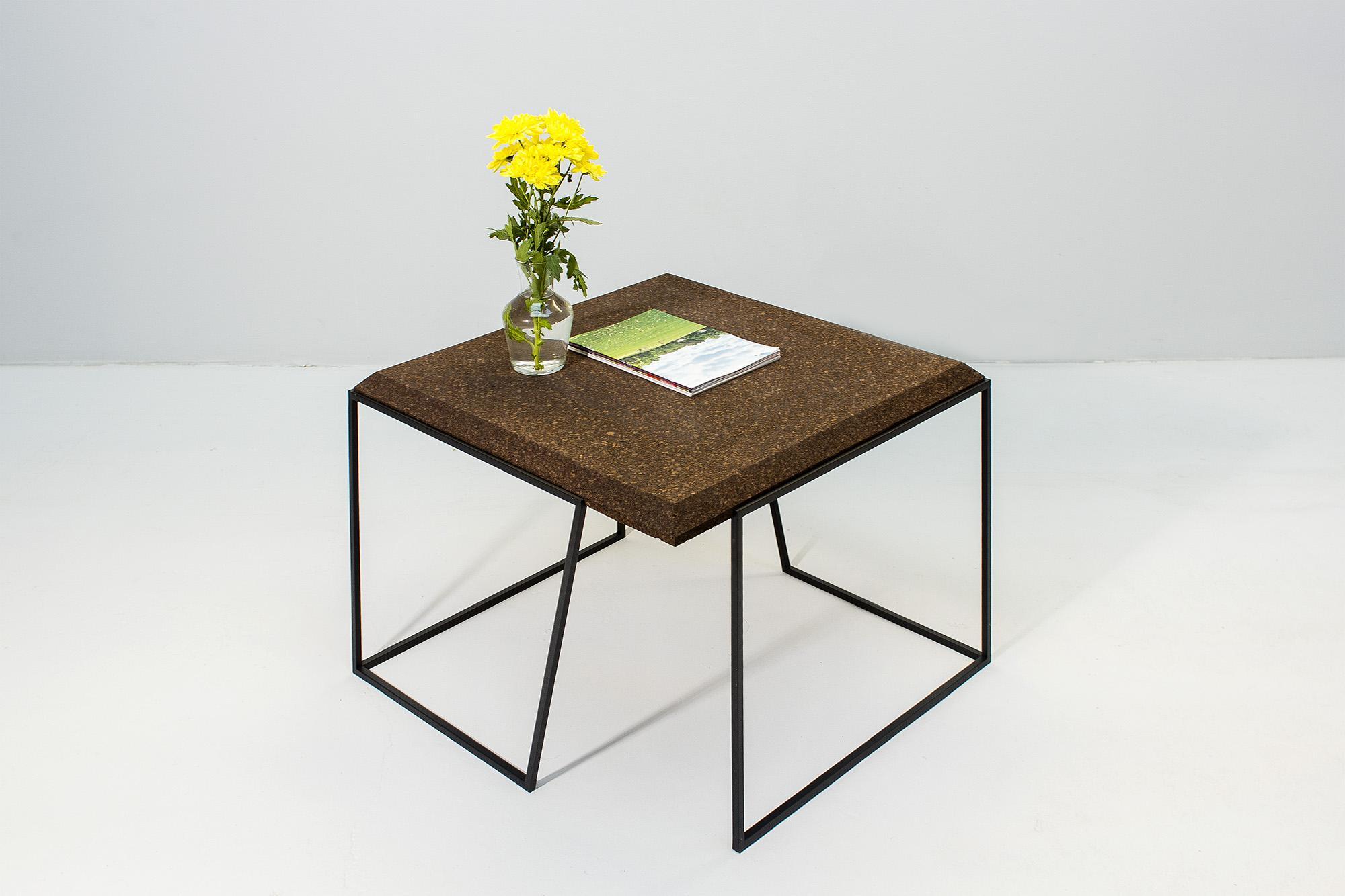 low-Galula-Grão-coffee-table-2-dark-cork-black-06.jpg