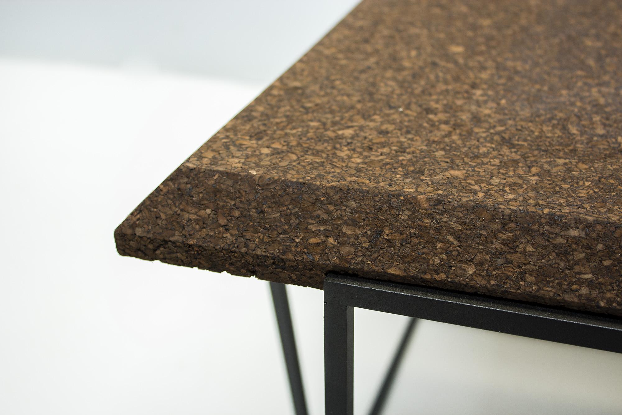 low-Galula-Grão-tables-collection-dark-cork-black-02.jpg