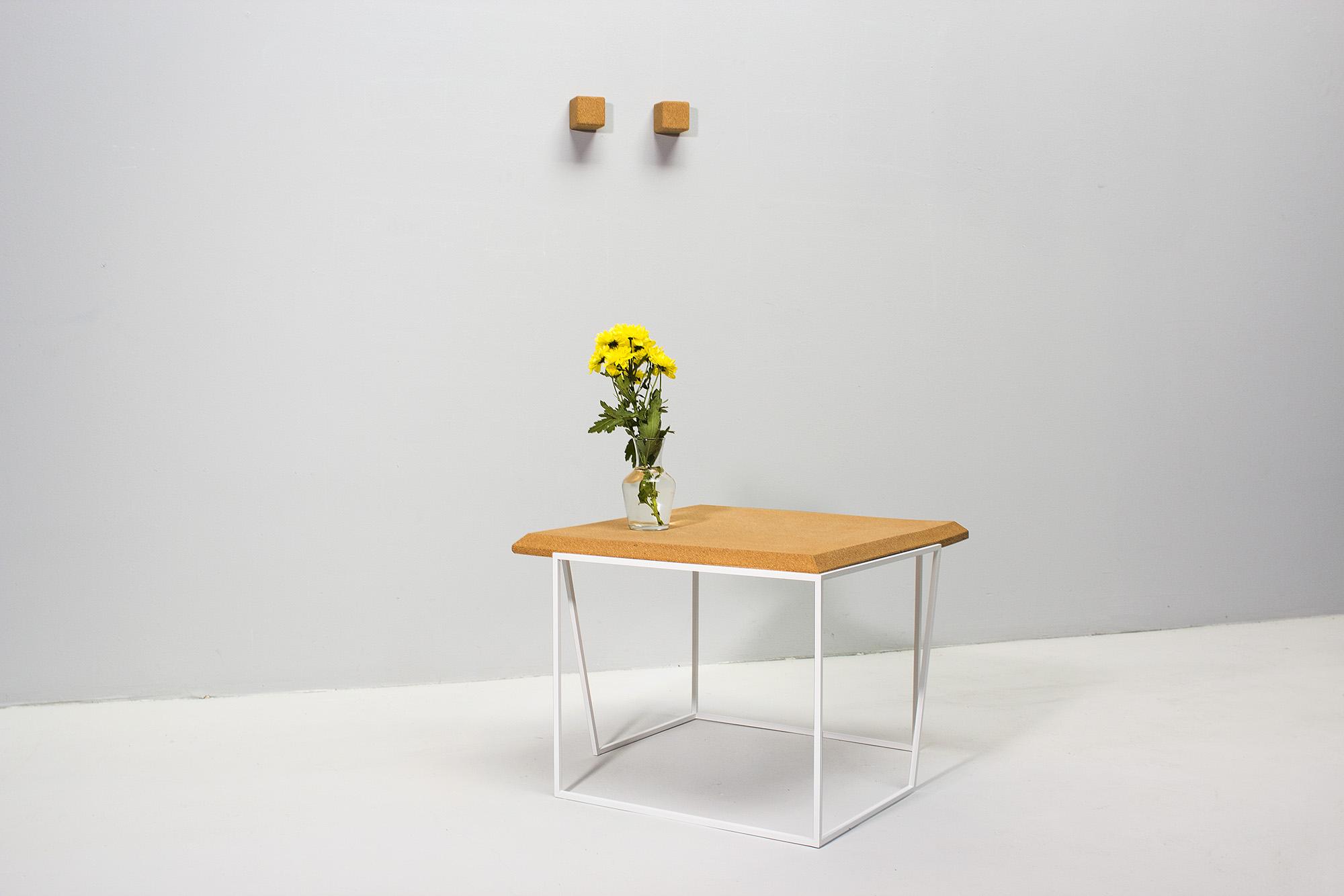 low-Galula-Grão-coffee-table-2-light-cork-white-04.jpg
