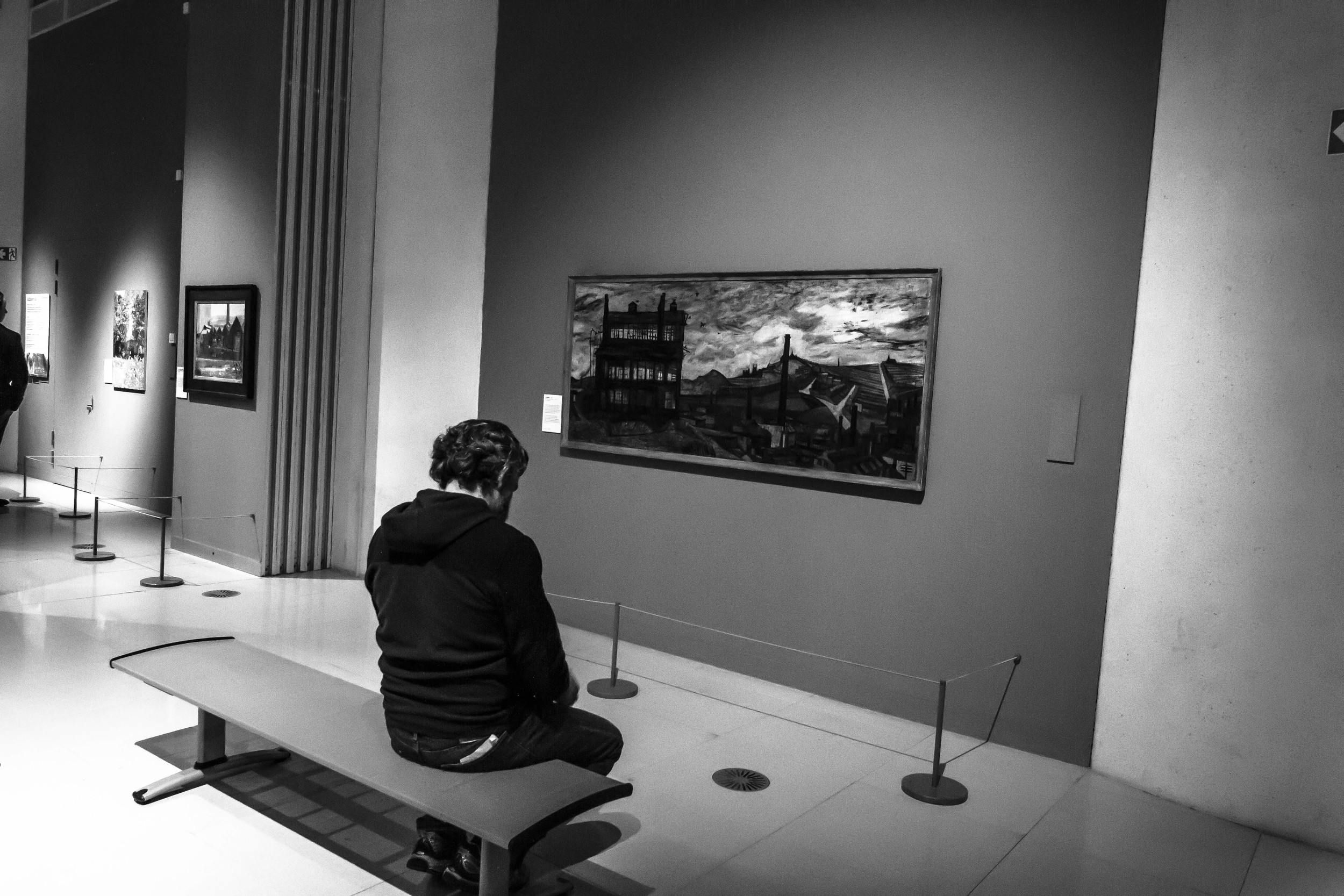Reflecting in a museam