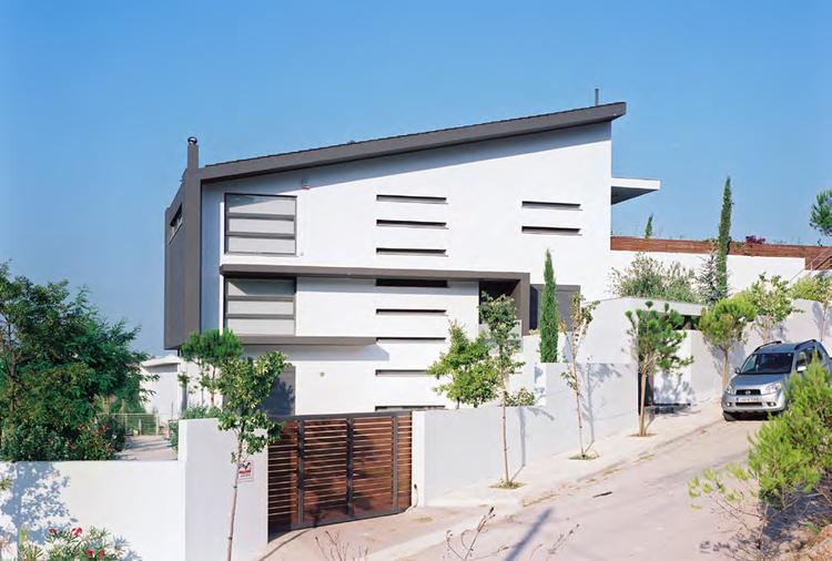 Sustainable Villa Dioni