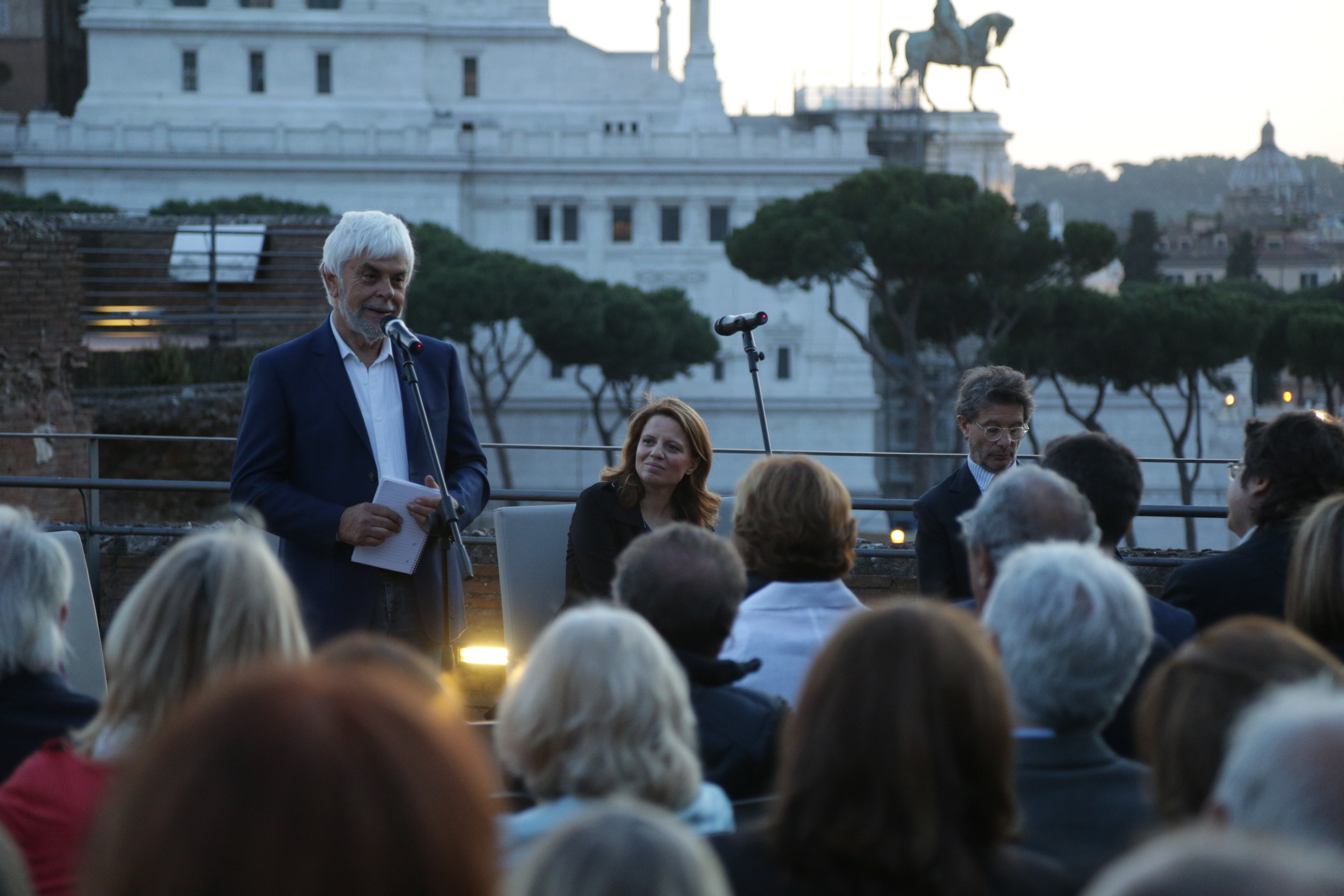 Valerio Massimo Manfredi (archeologo e scrittore) durante la serata inaugurale