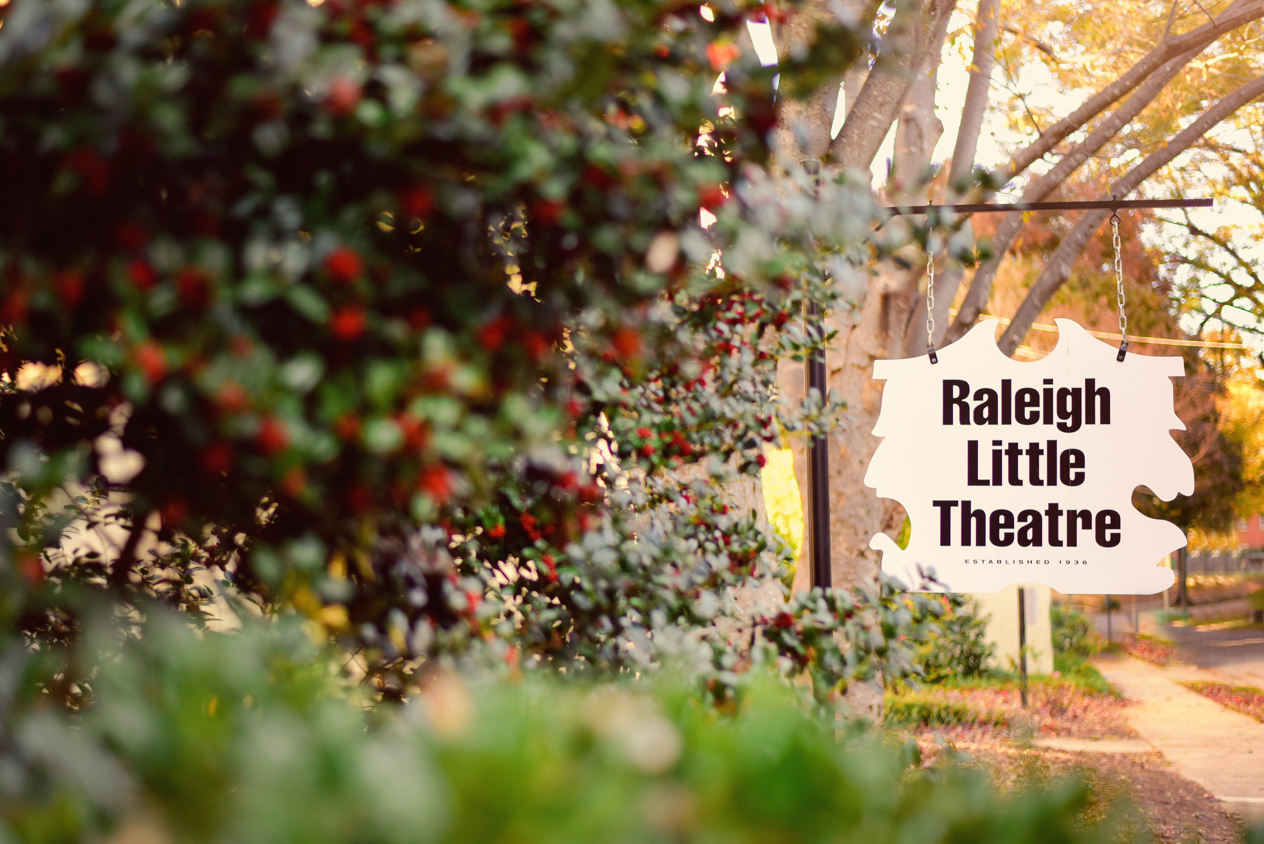 Raleigh Little Theatre Rose Garden Family Session