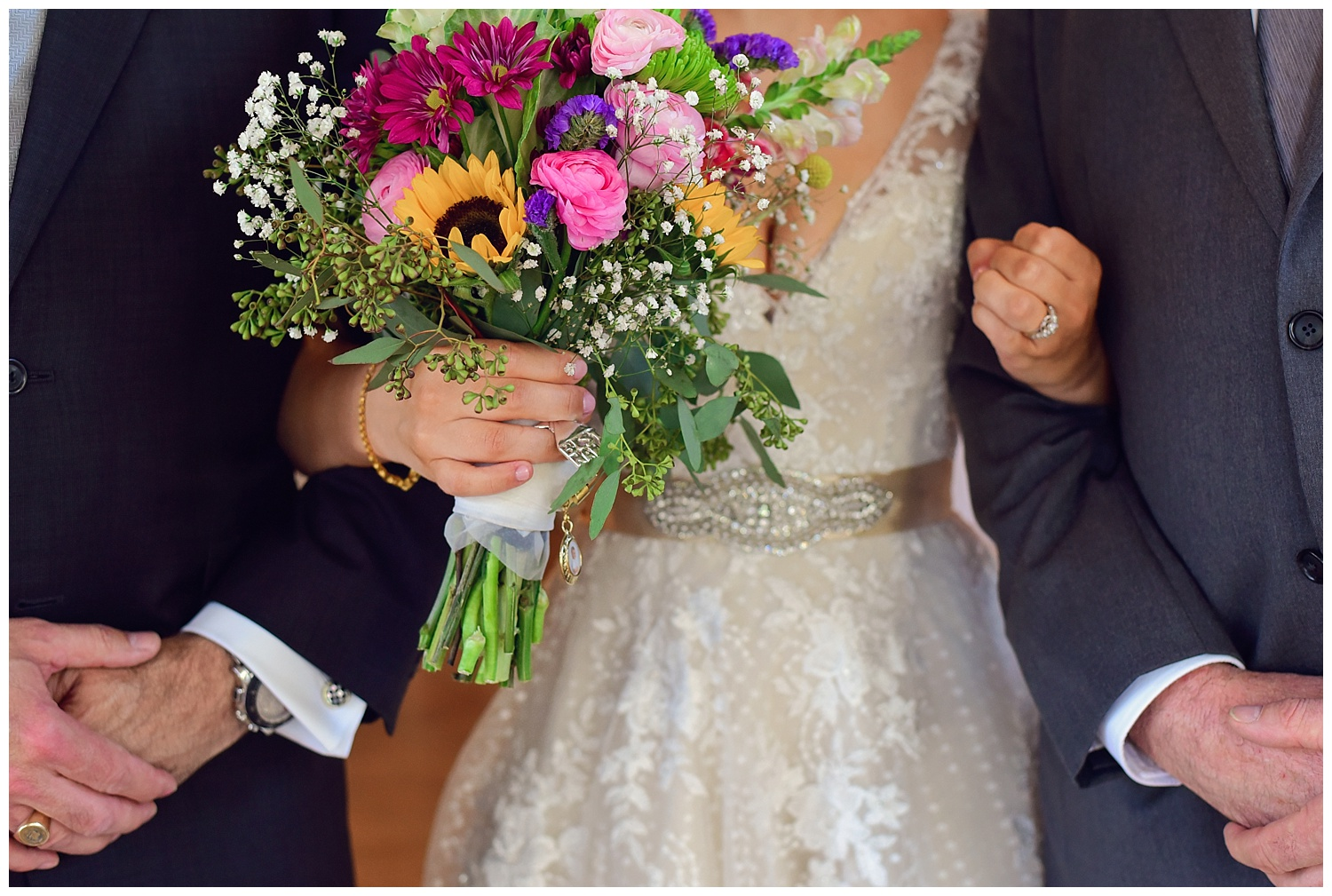 Guest Post! A History of the Wedding Dress by Heidi Stouder