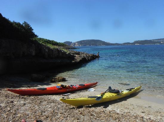 sea-kayak-sardinia-day.jpg
