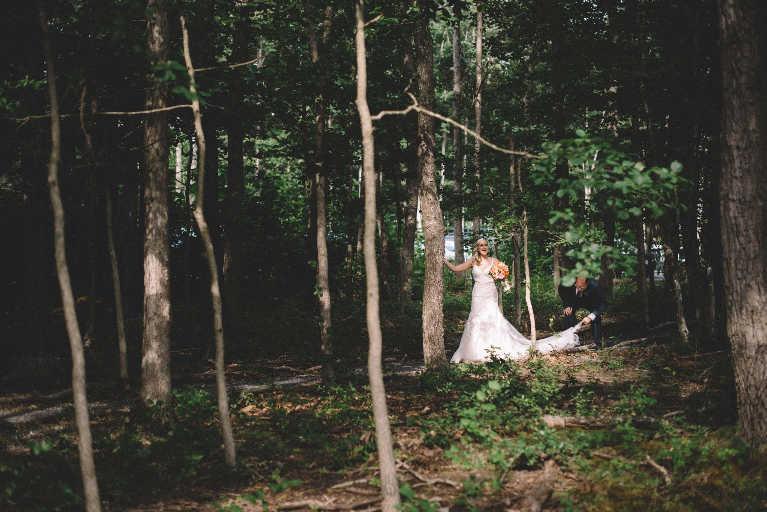 Wedding ceremony at Shenandoah Woods