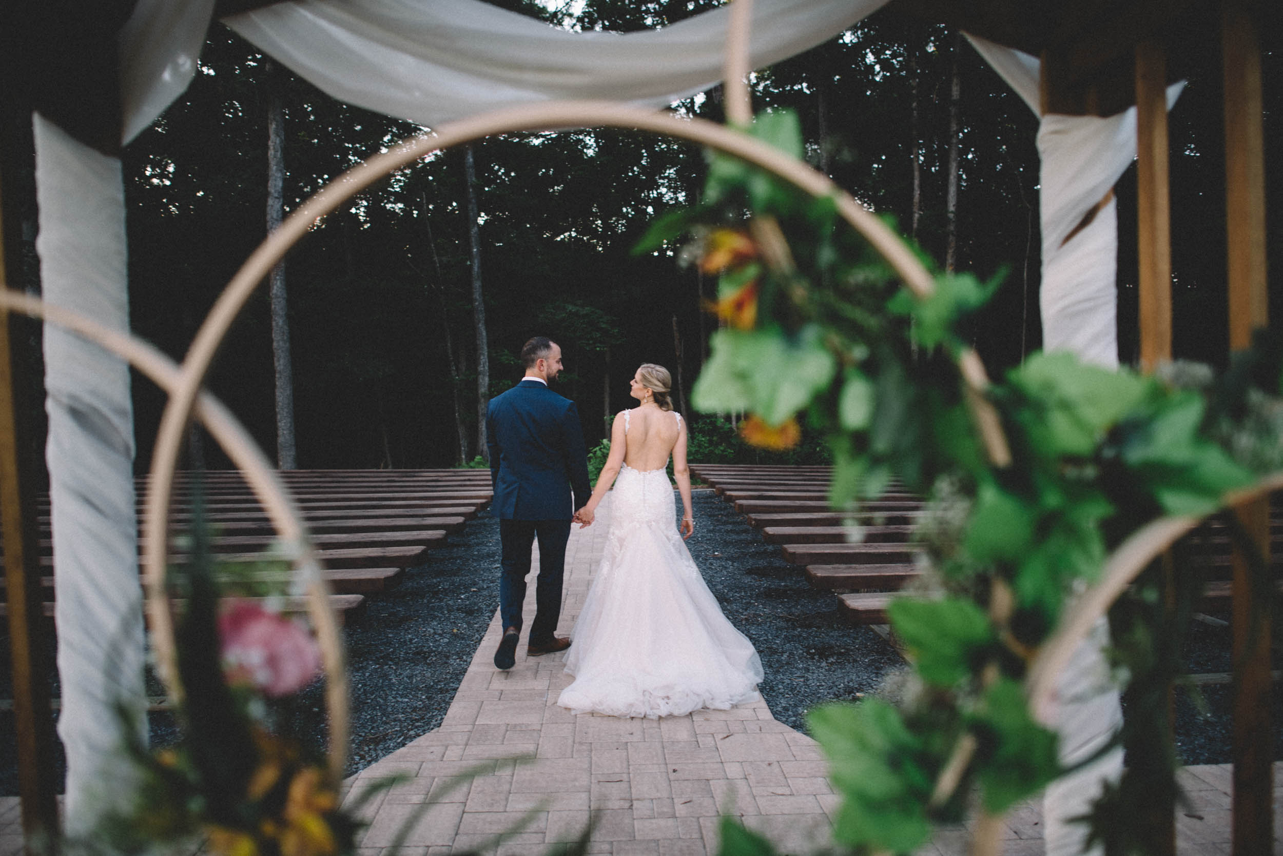 Wedding photographer at Shenandoah Woods