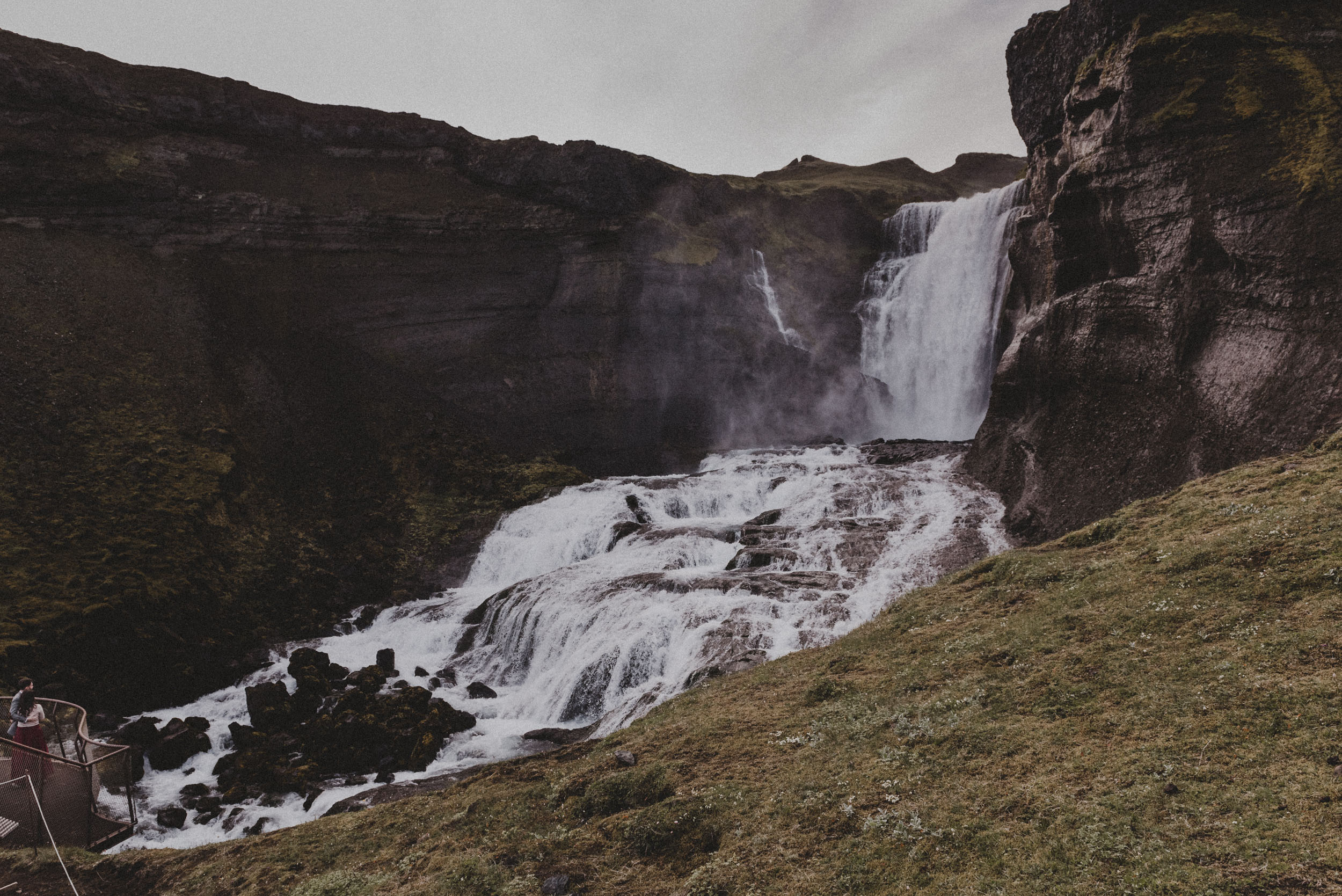 Iceland elopement photographer-52.jpg