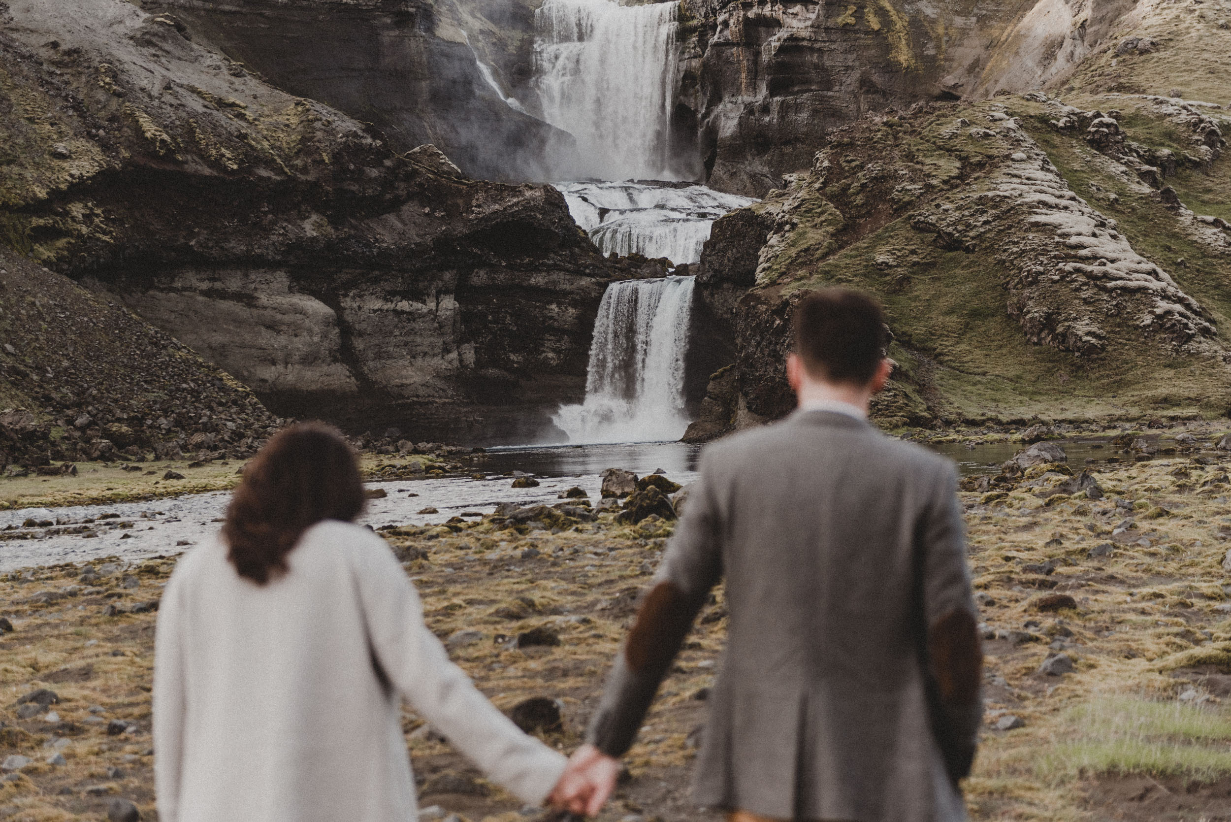 Iceland elopement photographer-35.jpg