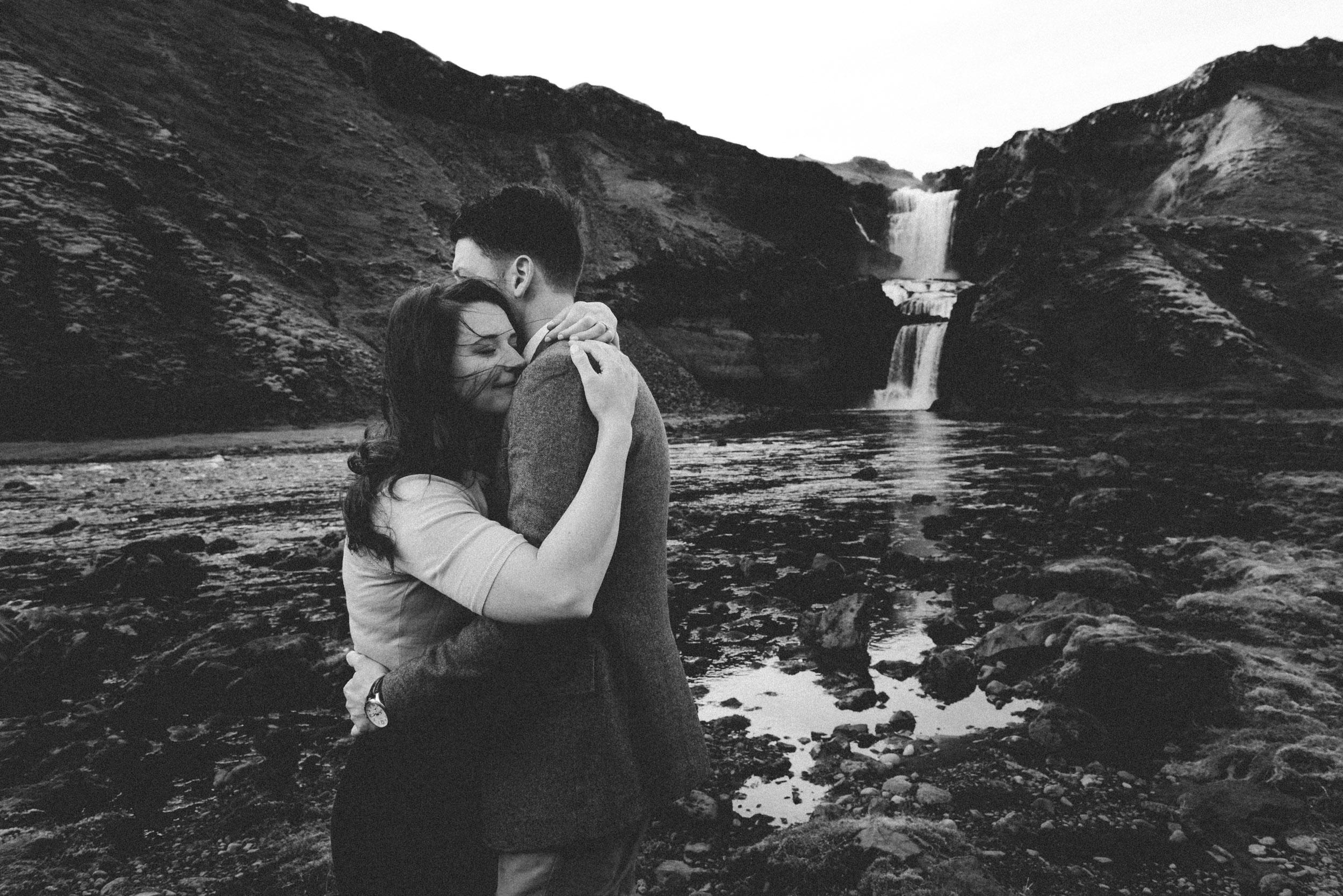 Iceland elopement photographer-39.jpg