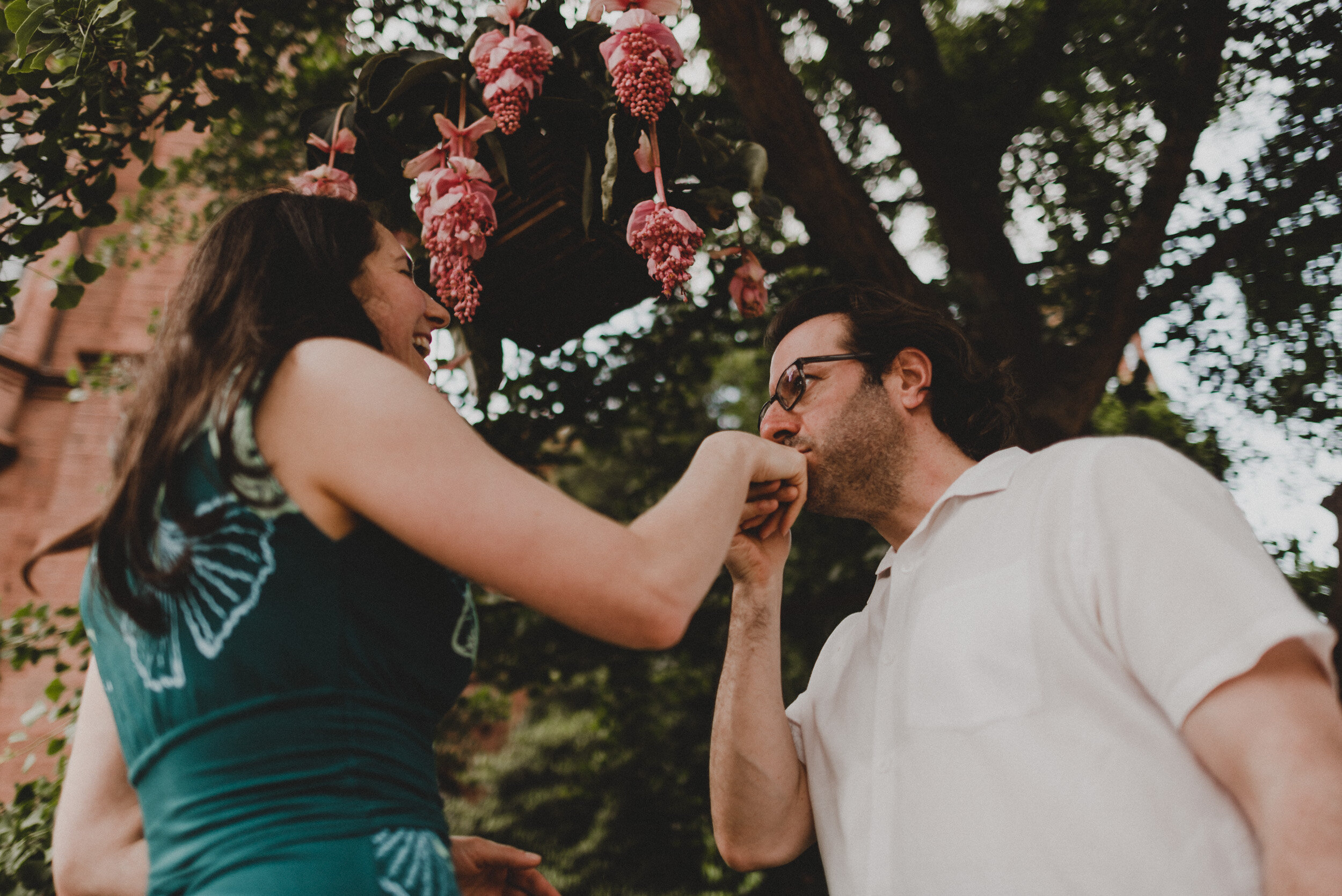 Moongate_Garden_Engagement-18.jpg