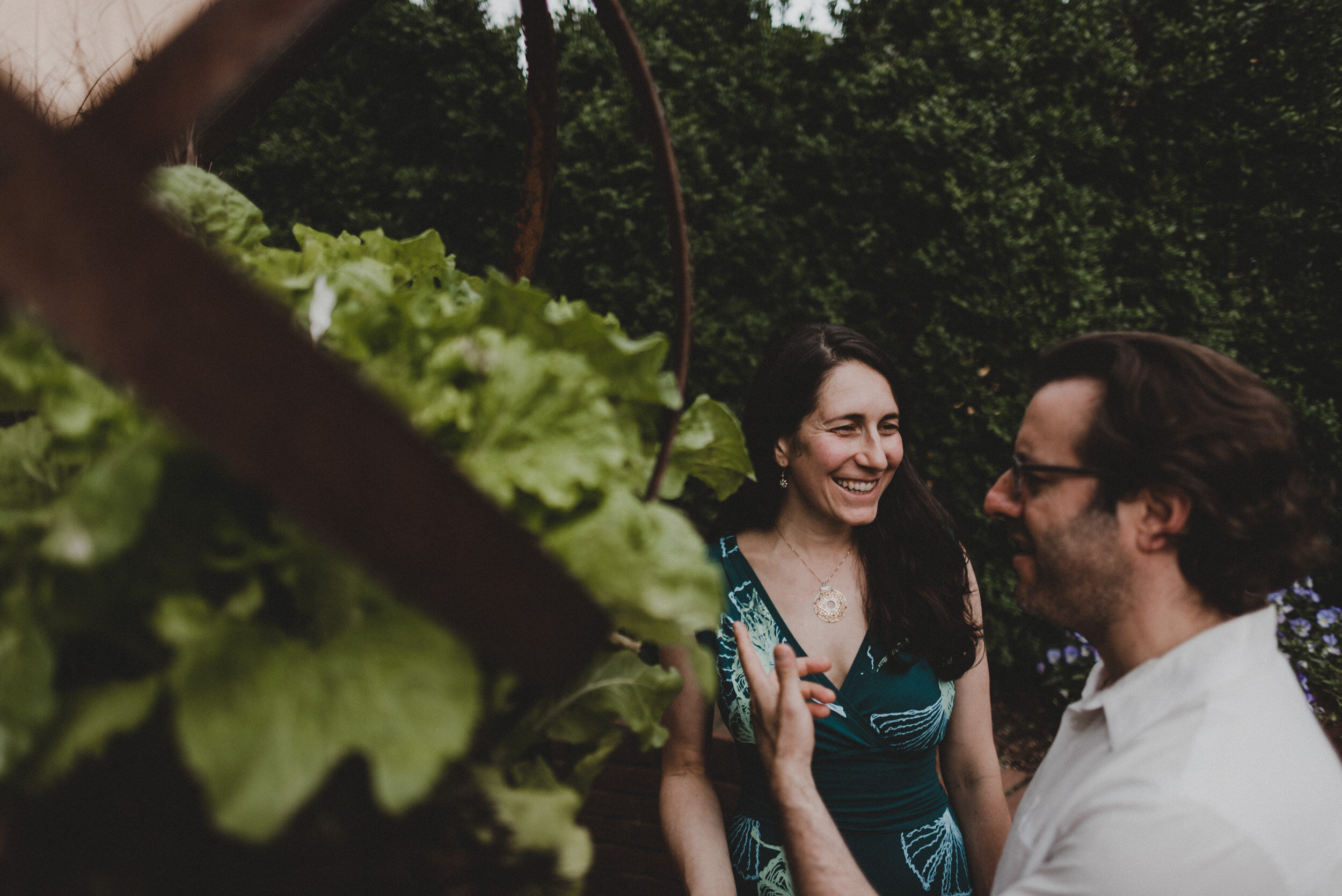 Moongate_Garden_Engagement-37.jpg