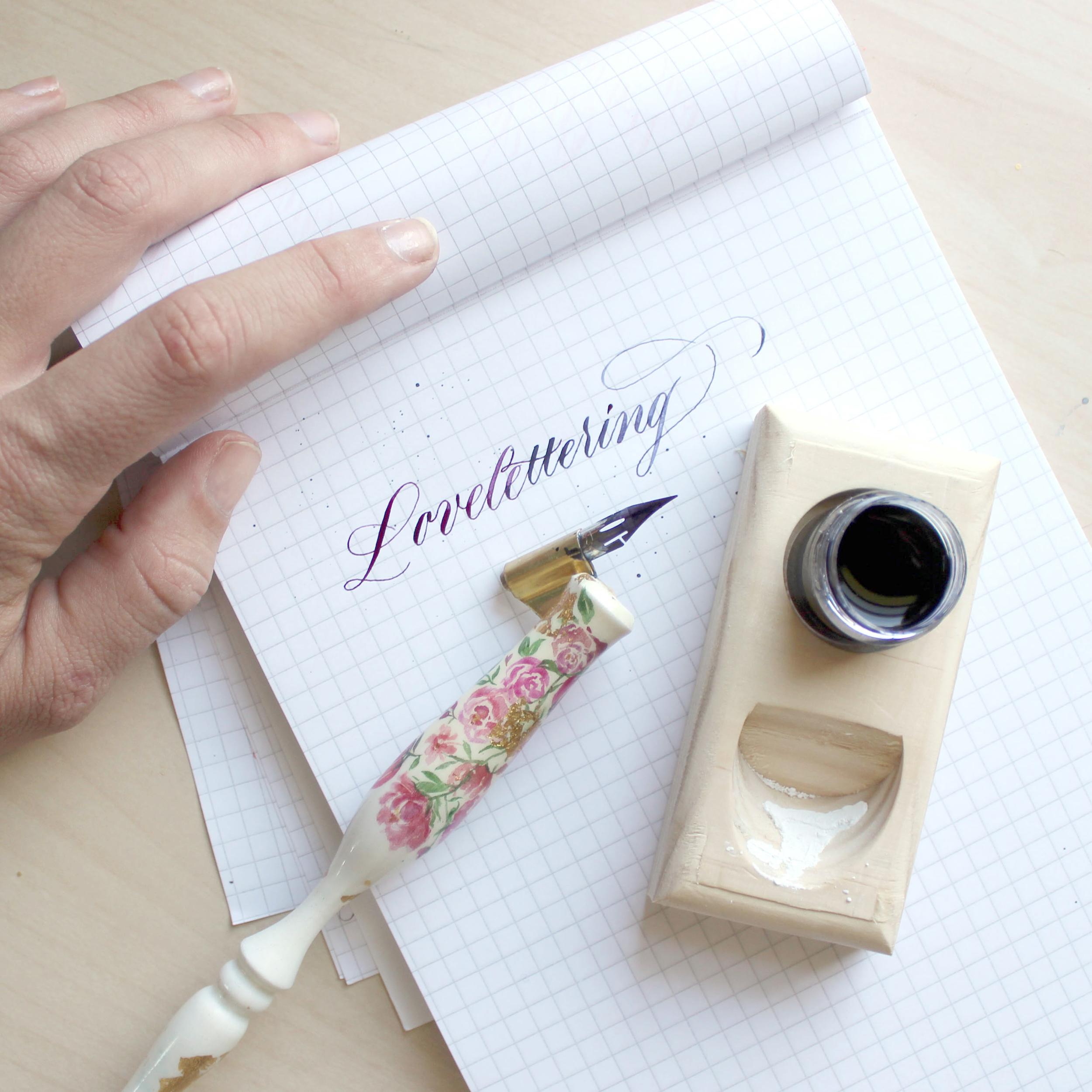 lovelettering2.JPG