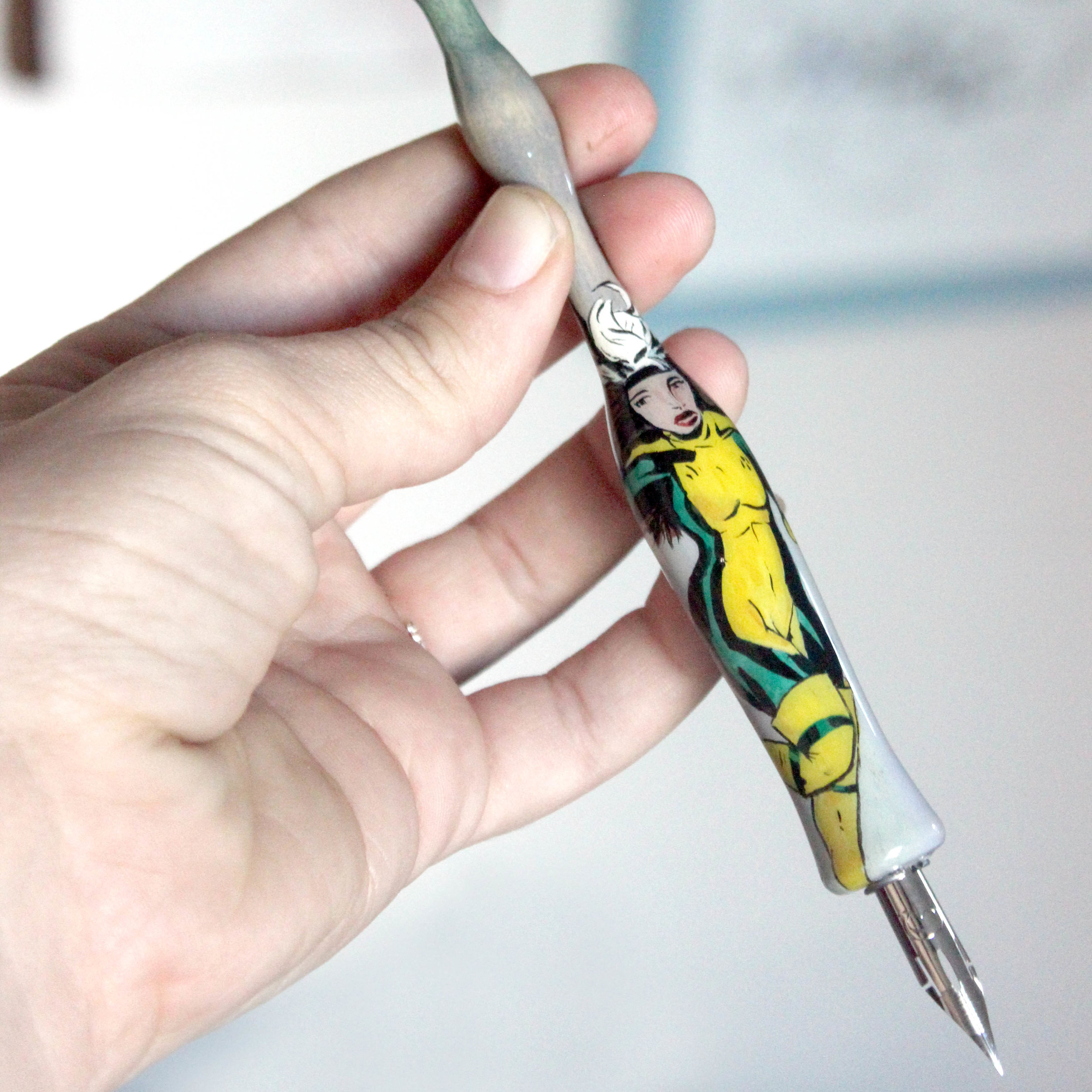 Which calligraphy pen? How to choose a nib holder - for calligraphy beginners on Ash Bush Blog