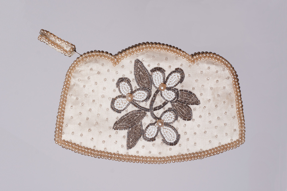 beaded_coin_purse_IMG_6109.jpg