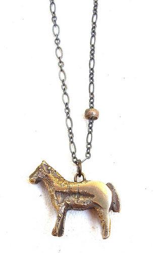 horse_pendant_p141.jpg