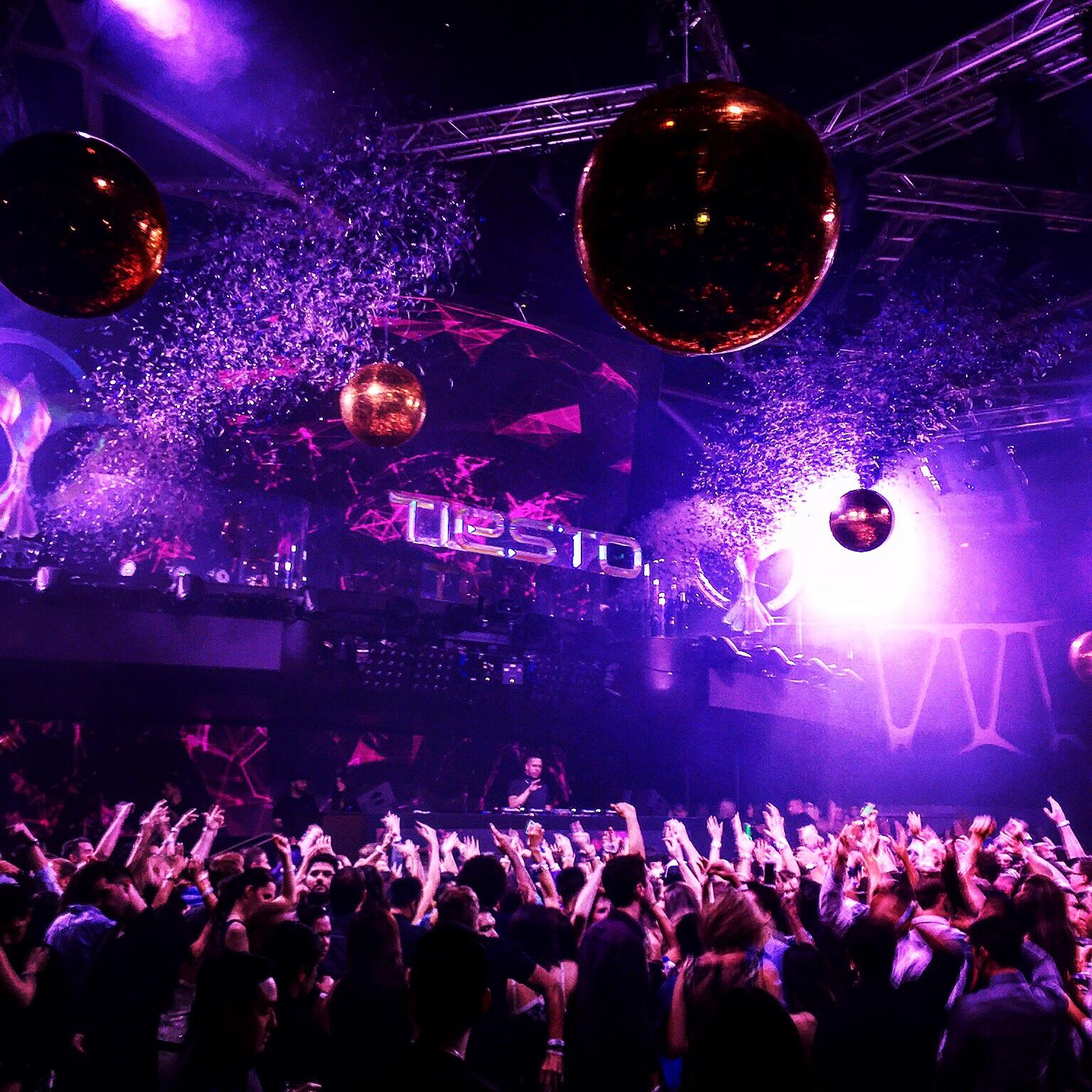 Tiesto @ Hakkasan Night Club, Las Vegas. Photo by Kellee Liverani