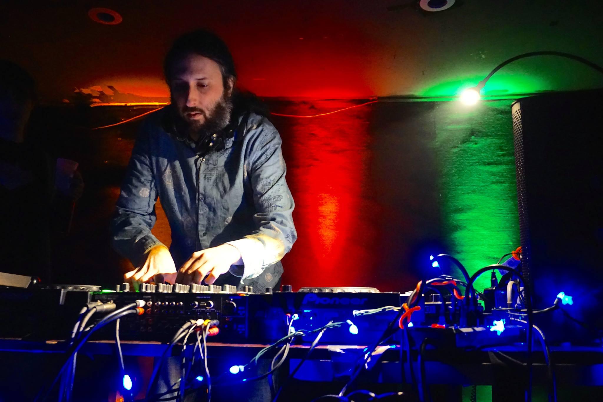DJ HA.jpg