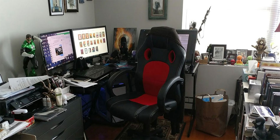 This was my old setup. I had a lot more room to work, which also I had a lot more room to create clutter.
