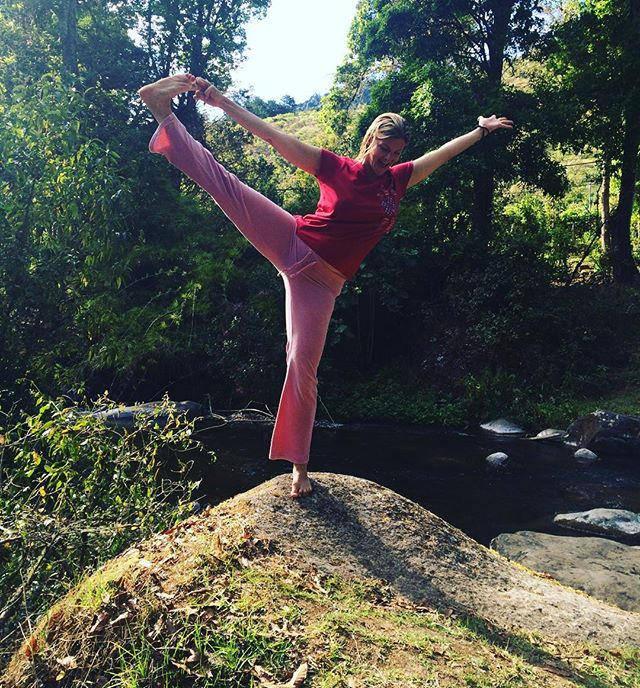 Yoga on a rock. I'm rockin it. Haha. #rockinit #rockinitnatural