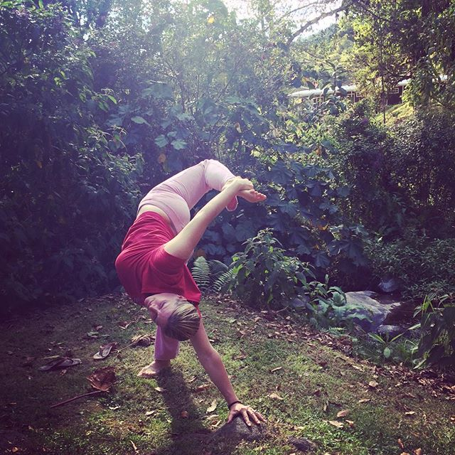 You caught me. Yoga while camping, 😘✨🙌🙏