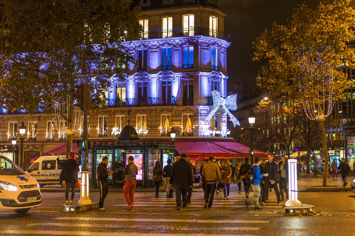 Avenue des Champs-Élysées-7.jpg