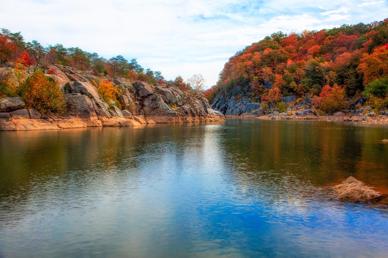 The Potomac drifting towards Washington DC