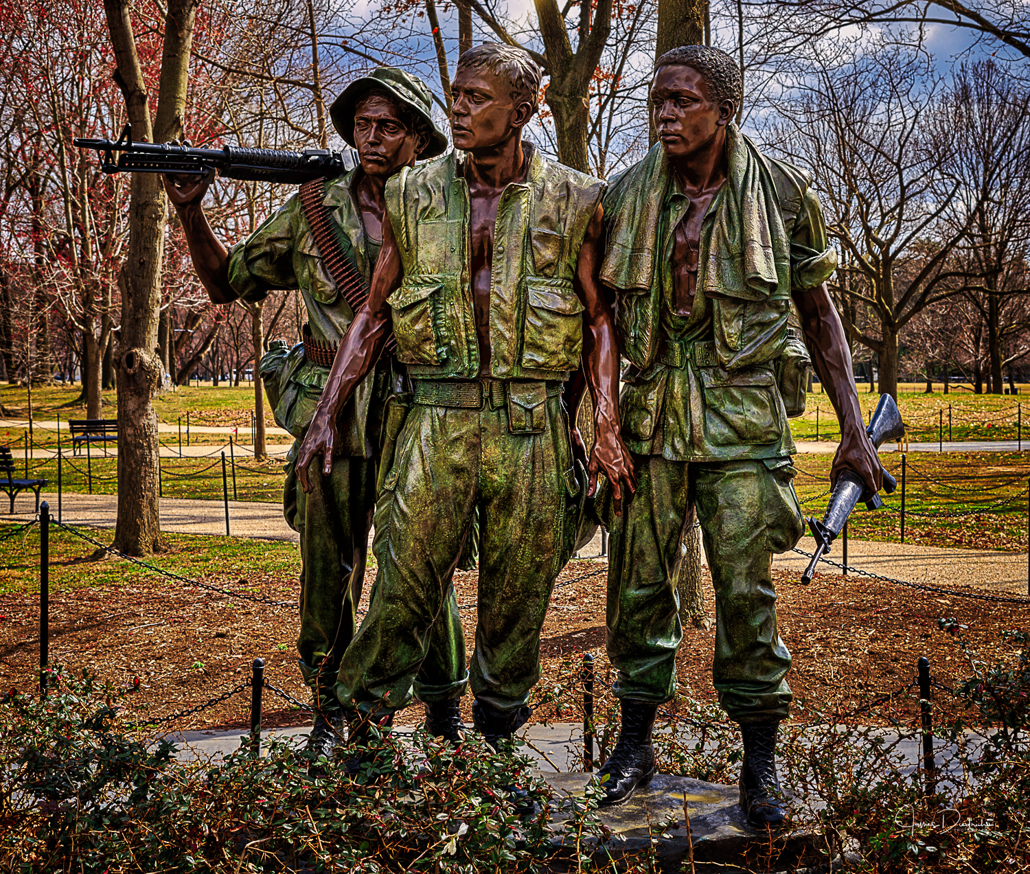 The Three Soldiers at the Vietnam Memorial