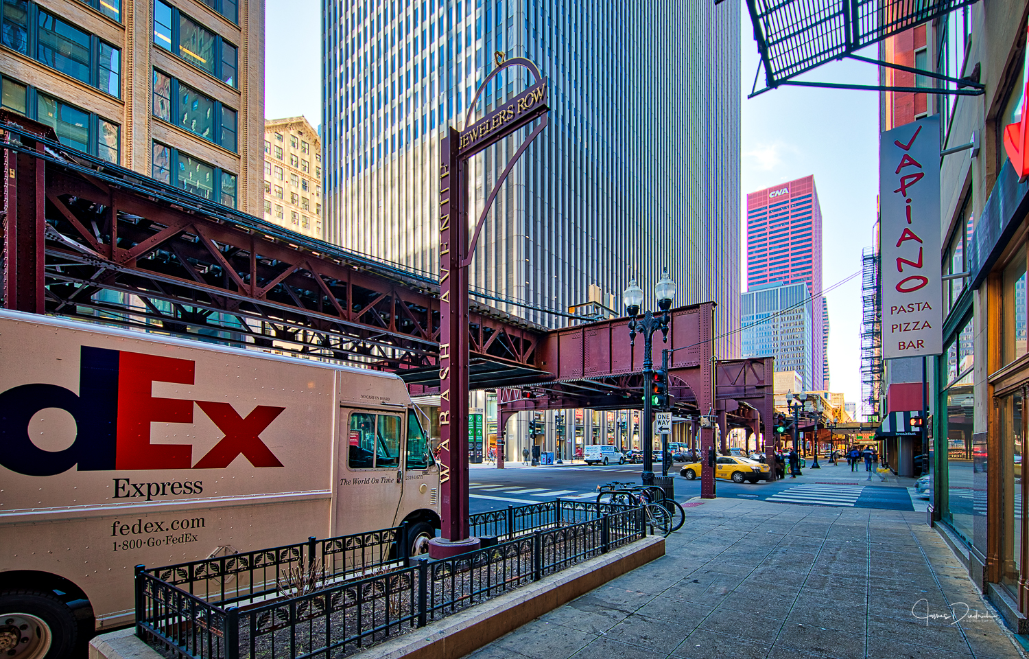 Wabash Avenue with the El in the background