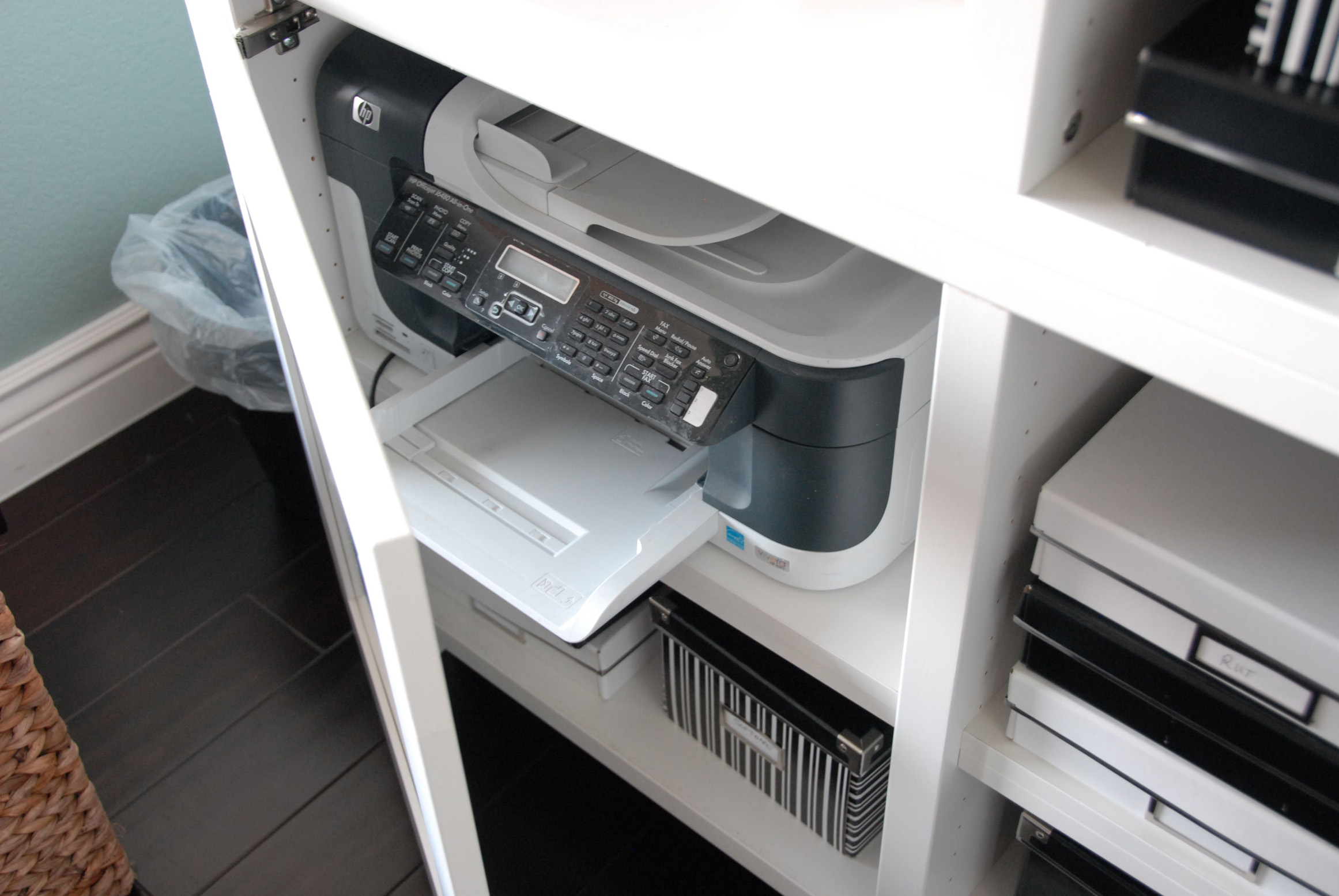 Oopsie... the old printer doesn't fit!