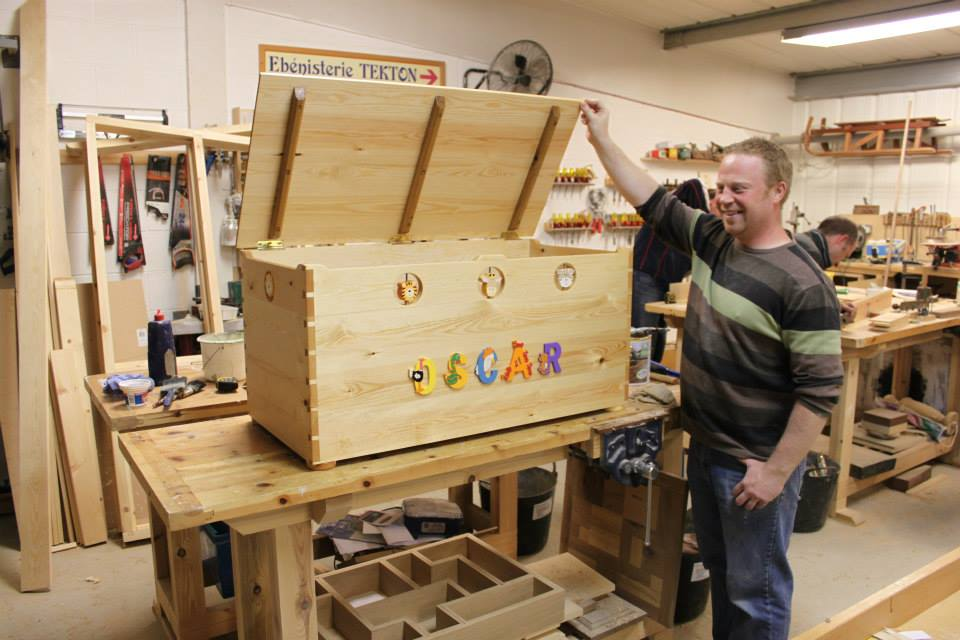 Toybox made on York Art & Crafts Woodwork & Furniture Making Course