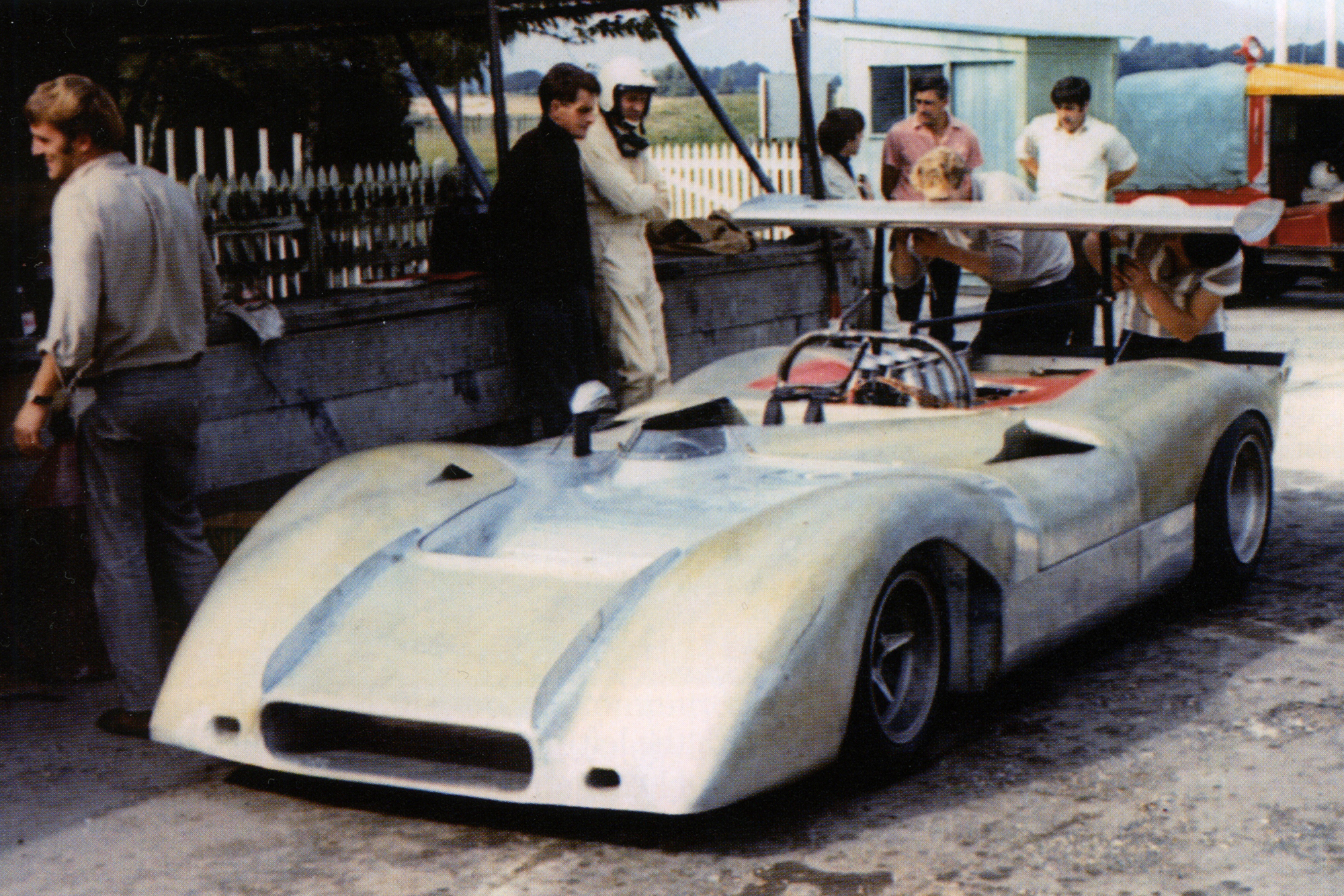 Again working with Len Bailey, Alan Mann Racing produced a new Can-Am car named the Open Sports Ford.