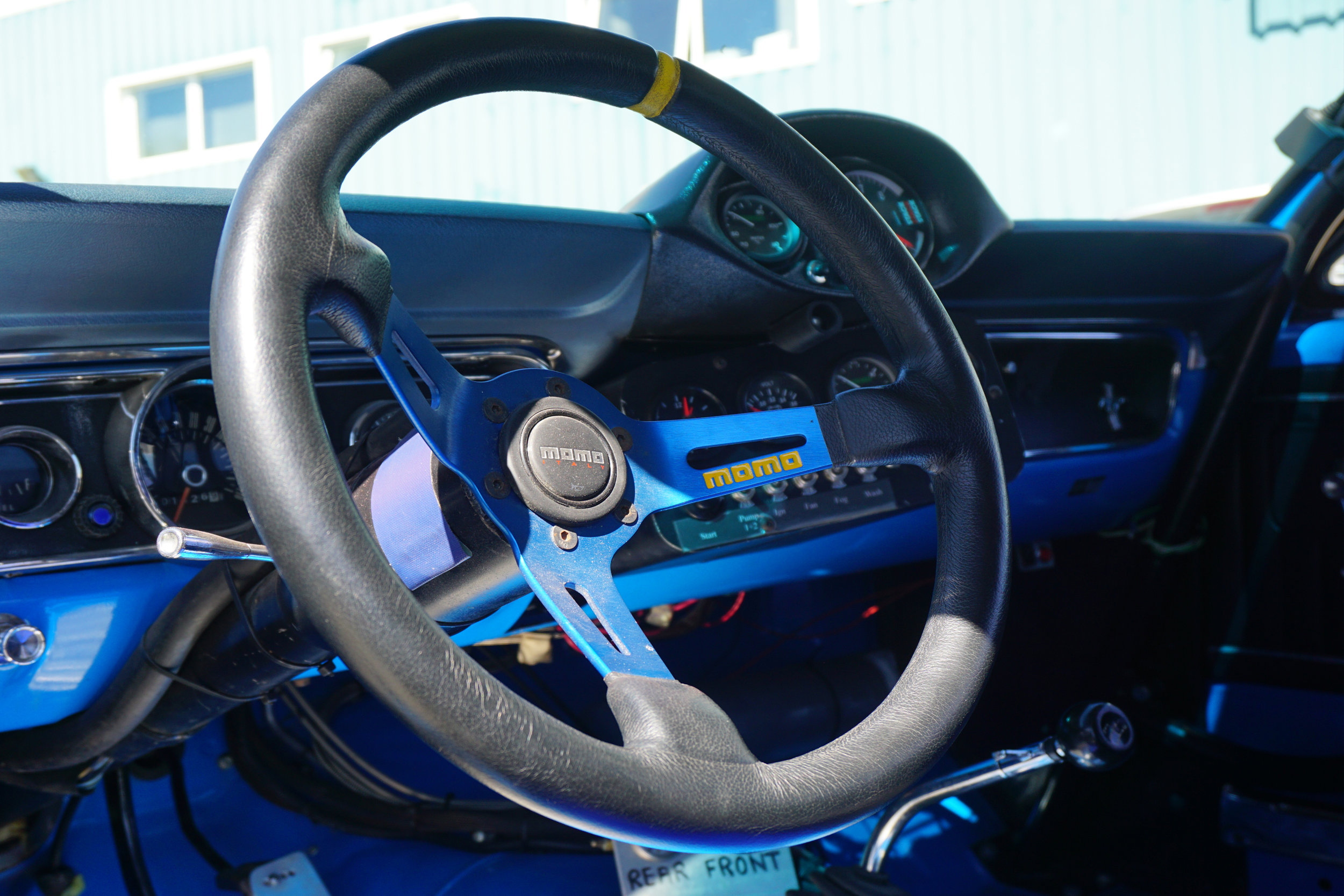 Blue-Mustang-11.jpg