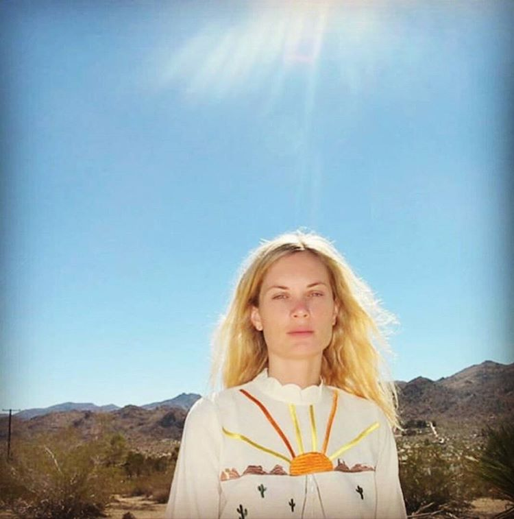 @kateparfet , beautiful under the desert sun