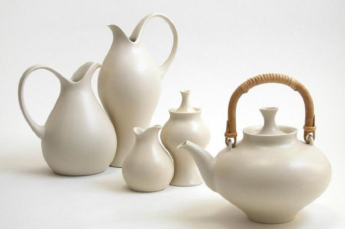 Serving set designed for KleinReid, 1999 ( source )