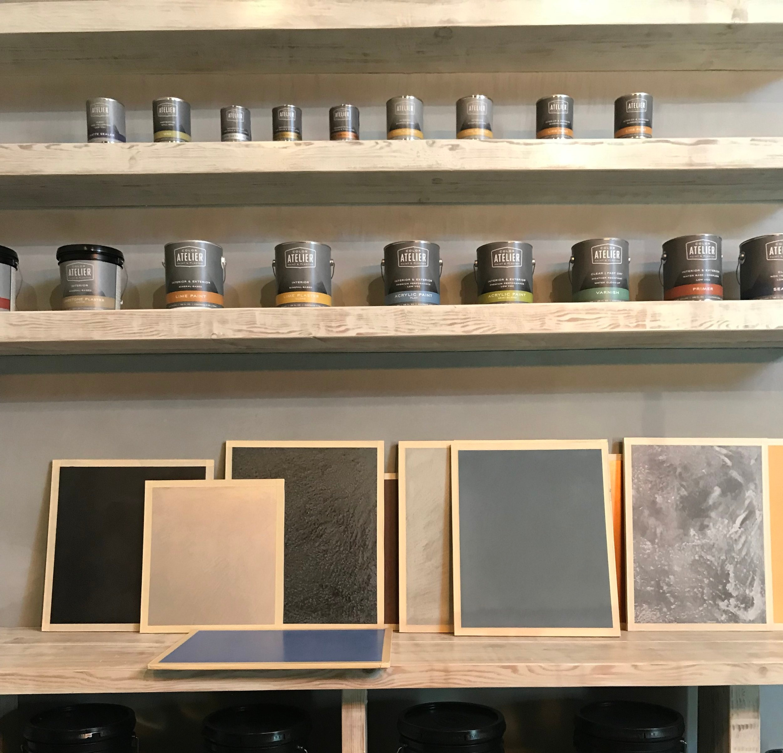 A variety of colors and finishes for tadelakt and lime plaster at Color Atelier in San Francisco