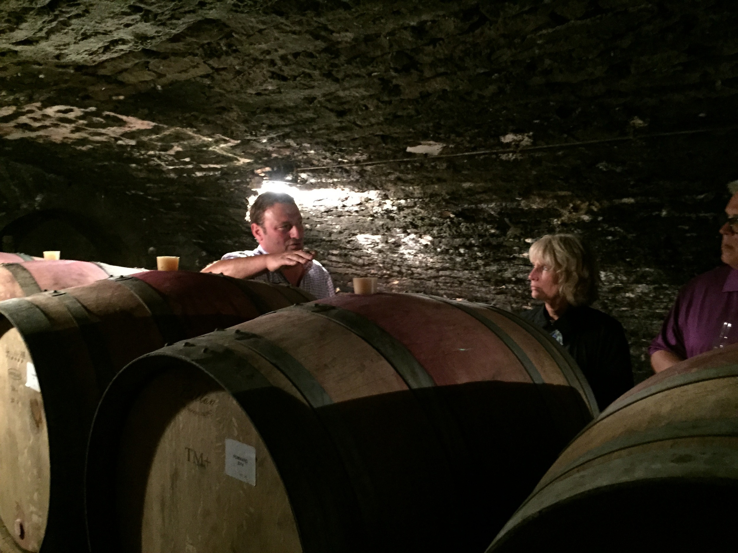 Tasting in the cellar with Thiébault in Volnay