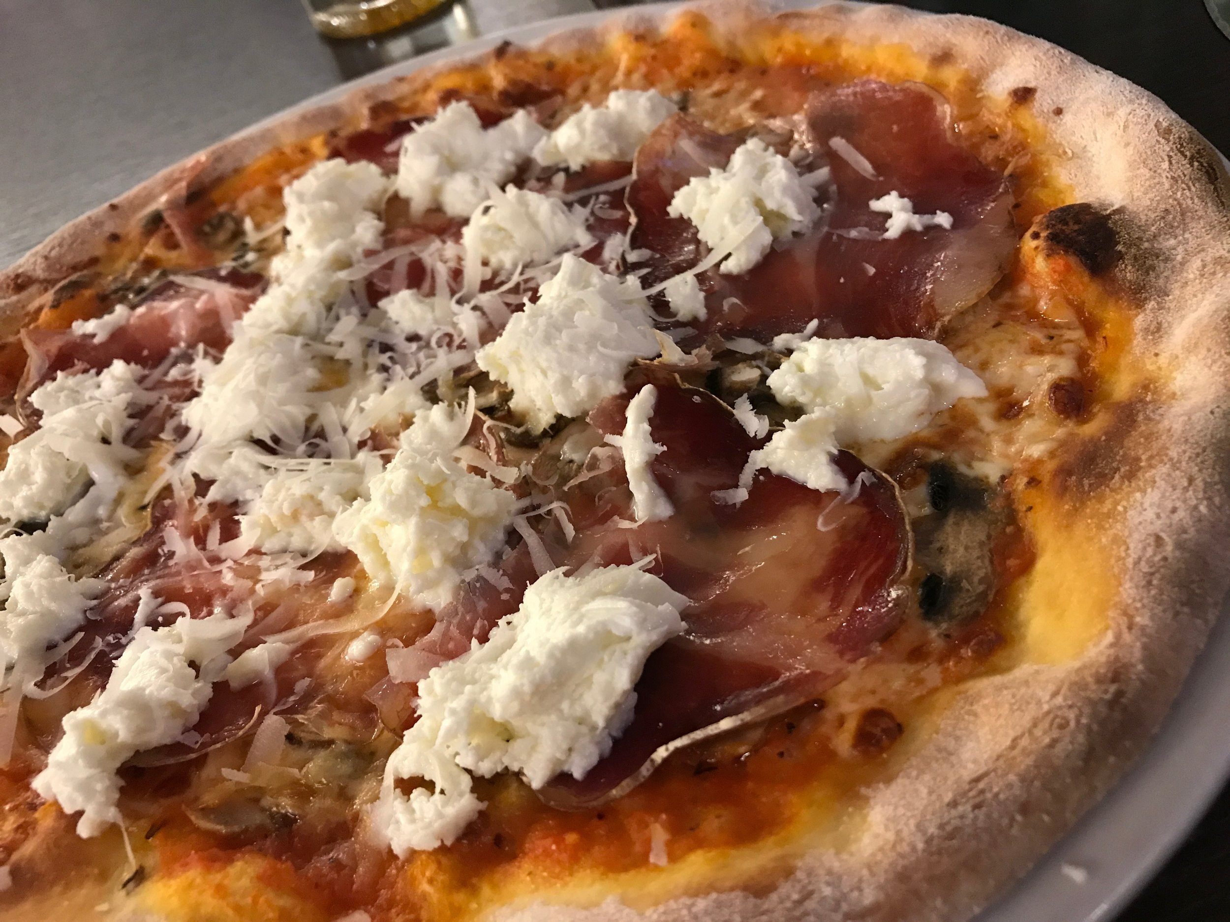 Yes, there IS great pizza in France - at Pizzeria Bufala in Beaune...