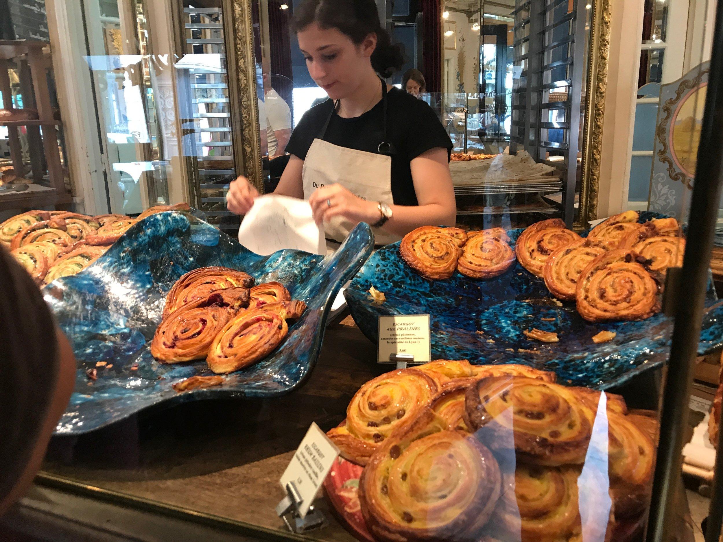 Du Pain et des Idées  - brilliant baked-goods in the 10th