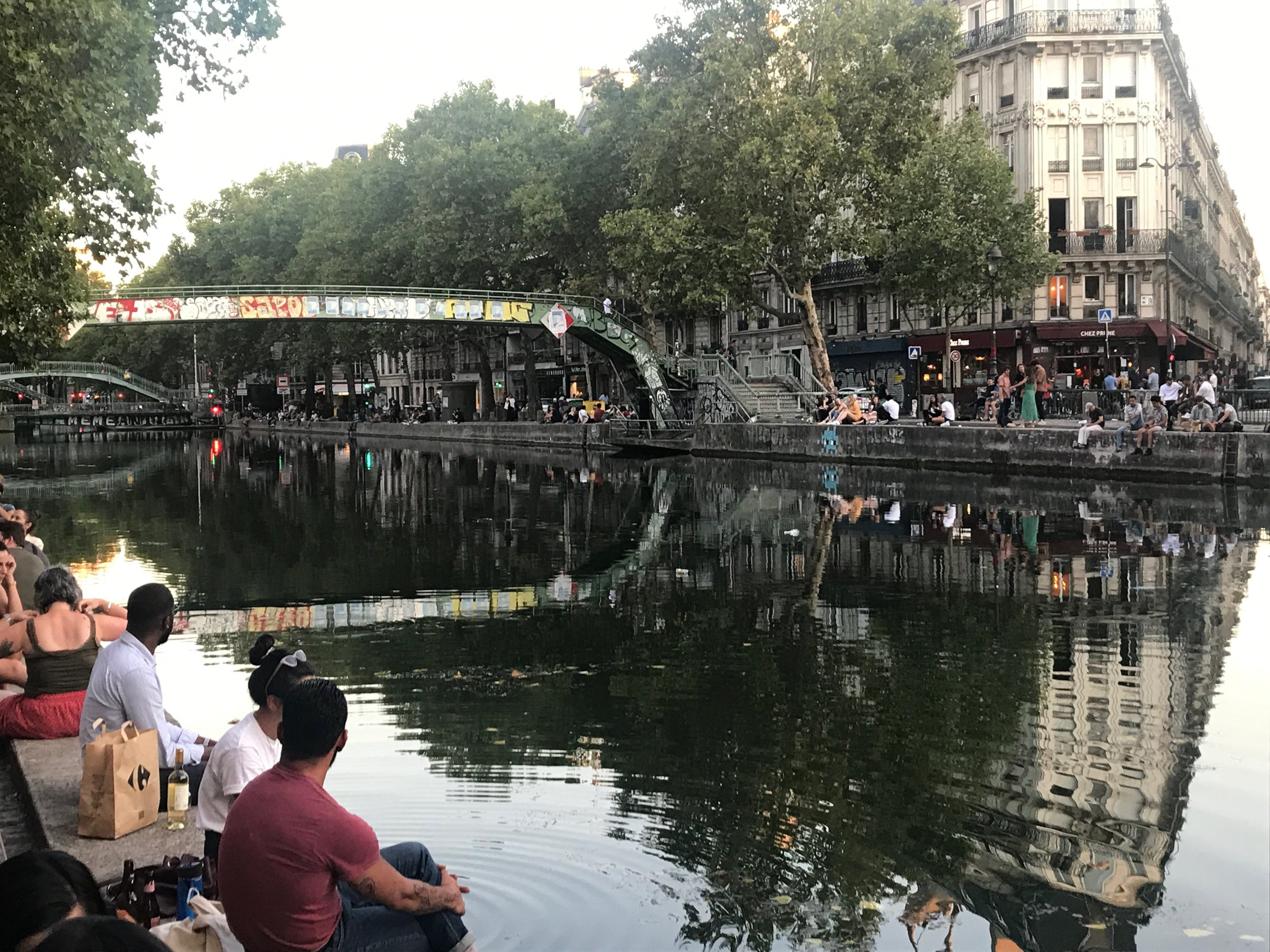 Every day, every night - everybody hangs out along the canal
