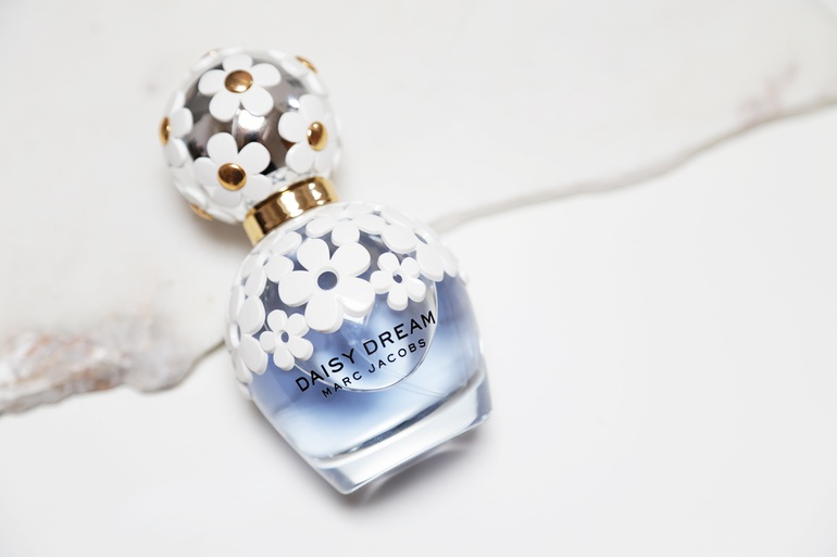Marc Jacobs Daisy Dreams tag