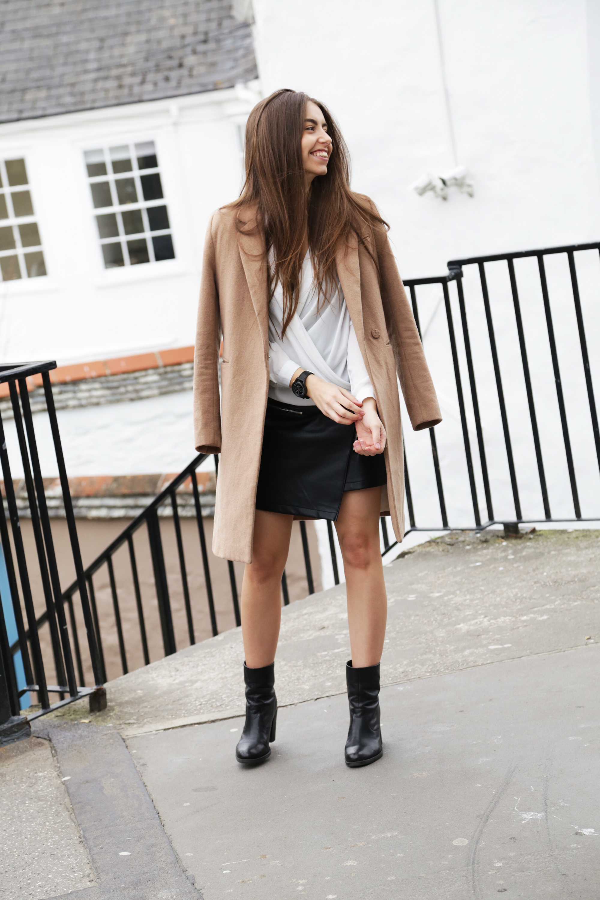 Cocochic Outfit Camel Coat Leather Skirt