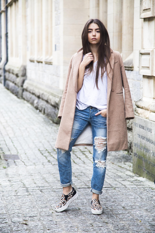 UK Fashion Blogger Camel Coat Outfit
