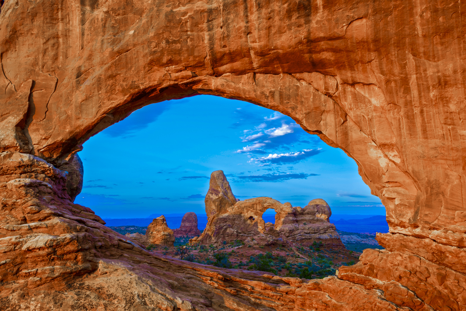 Window to Turret Arch