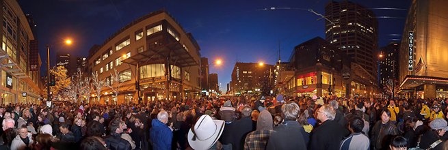 Massive huge panorama of the crowd at Westlake on Black Friday 2009 by Michael Holden, on Flickr